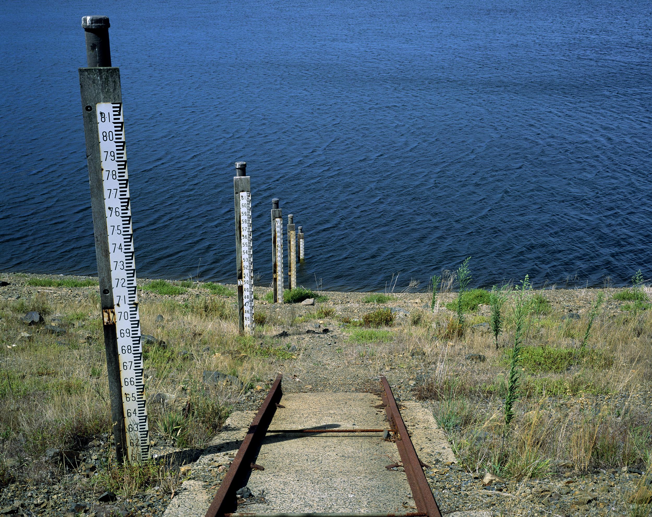 Sugarloaf Lake Level Gauges (2010)
