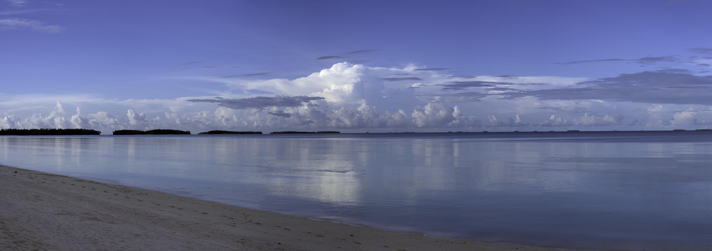 Dusk, Arno Atoll Lagoon (2015)