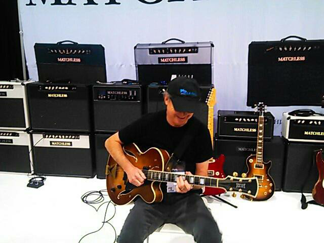 borys_guitars_friends_108.jpg