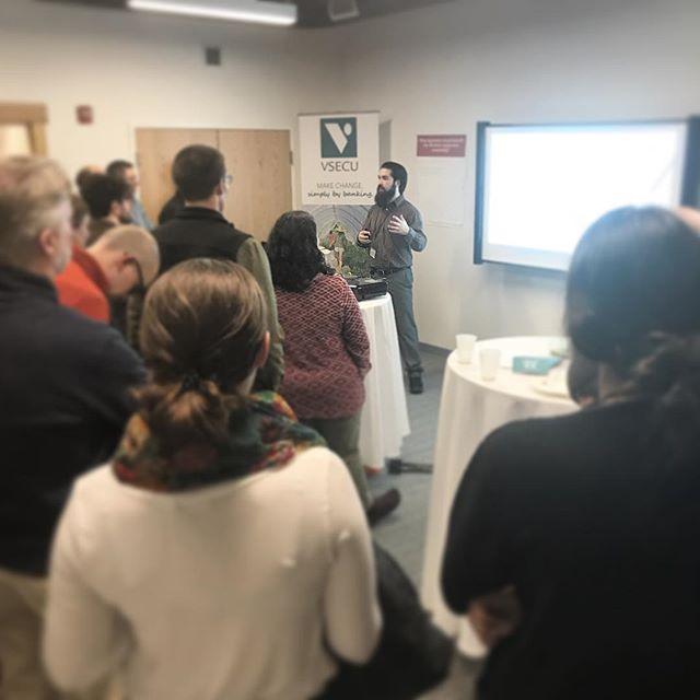 "@fullbarrelcoop Board member, Andrew Gansenberg, presents at our ""#findtheothers"" #coop social, co-hosted with @citymarketcoop and @vsecu  @matthewcropp and @khallquist08 - also FBC BOD - are at the taps pouring a porter and an IPA, this evening. #vtbeer #iheartcoops"
