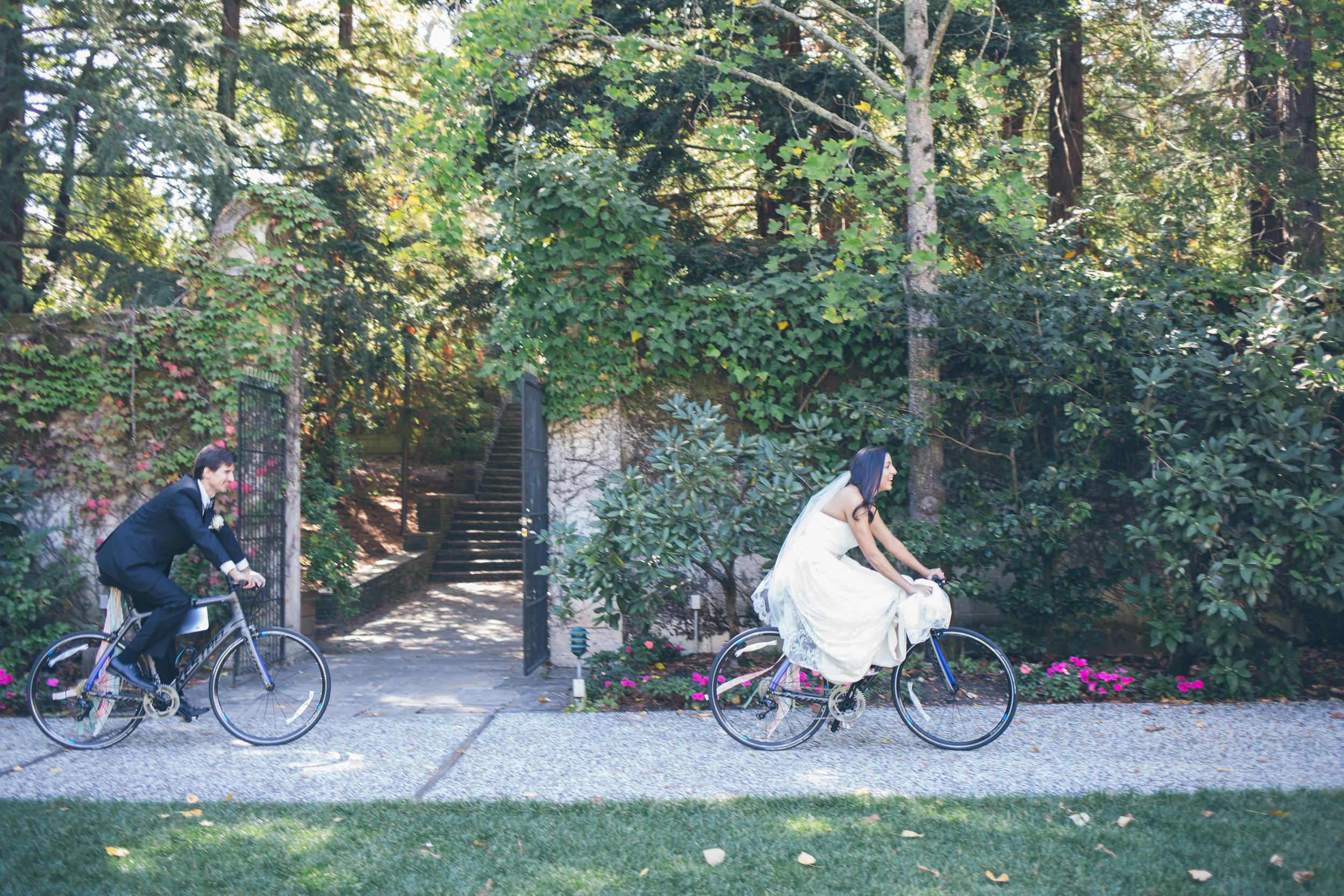 Hacienda De Las Flores Garden Wedding / Moraga Wedding Photographer - Ashley & Mike
