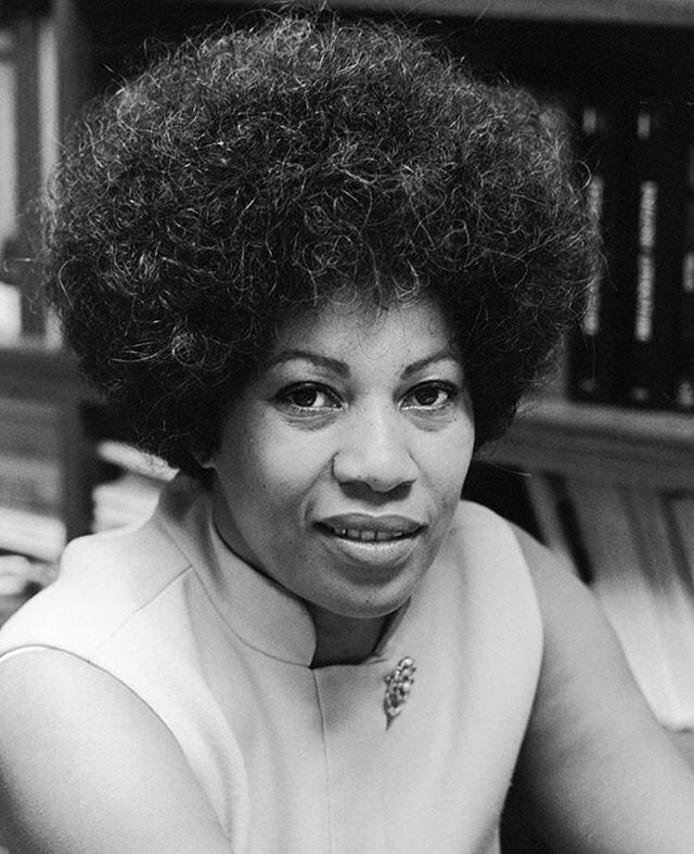 You want to fly, you got to give up that thing that weighs you down. –Storyteller, Toni Morrison RIP  #tonimorrison