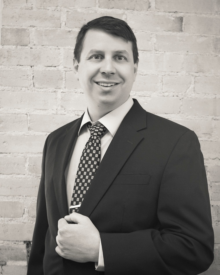Luke Salyer, Attorney