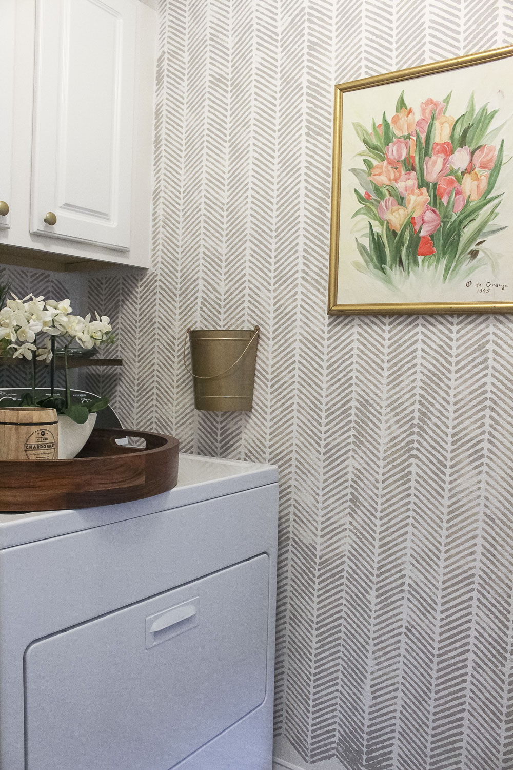 Small Laundry Room Makeover-3.jpg