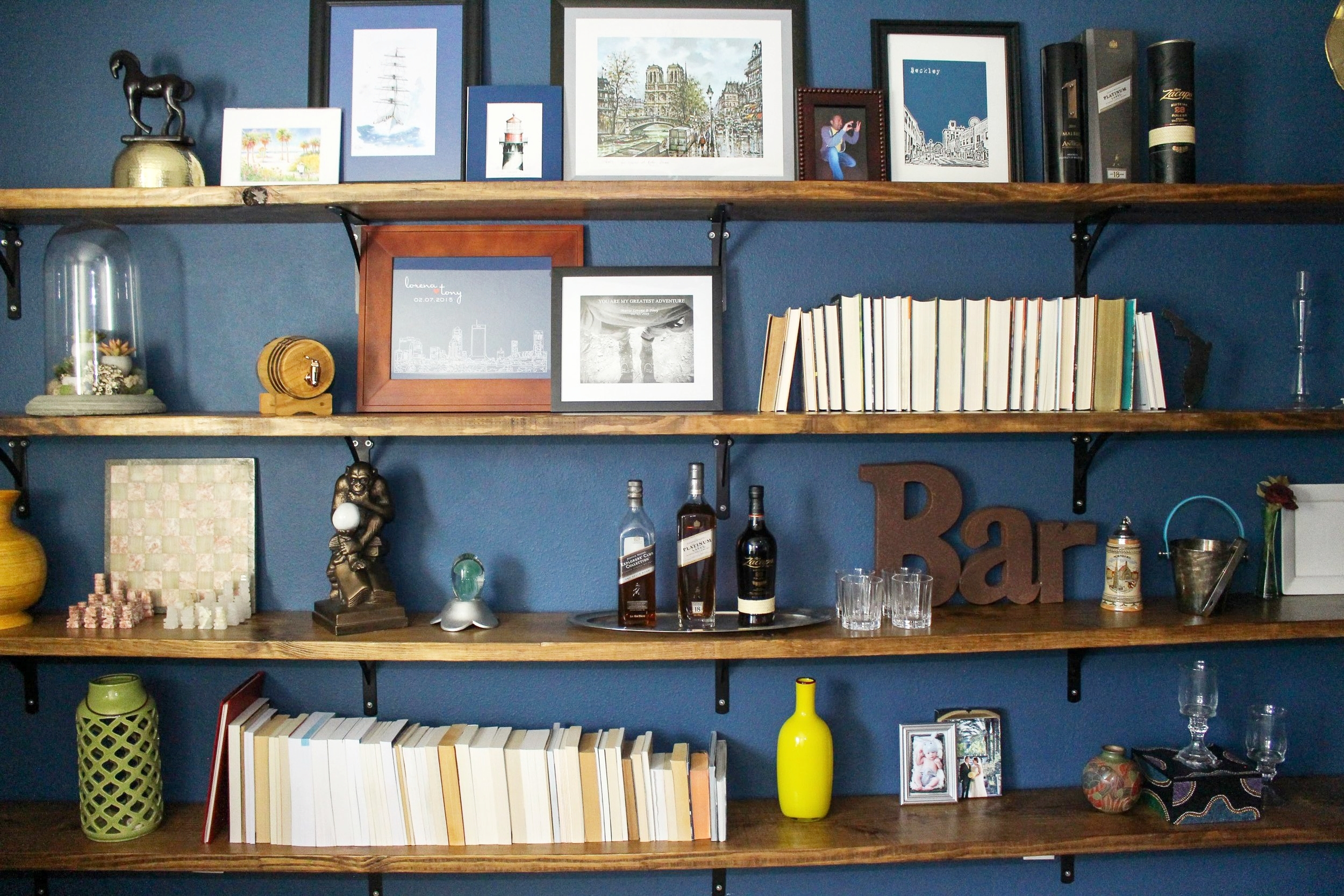 Home Office Wall to Wall Shelves