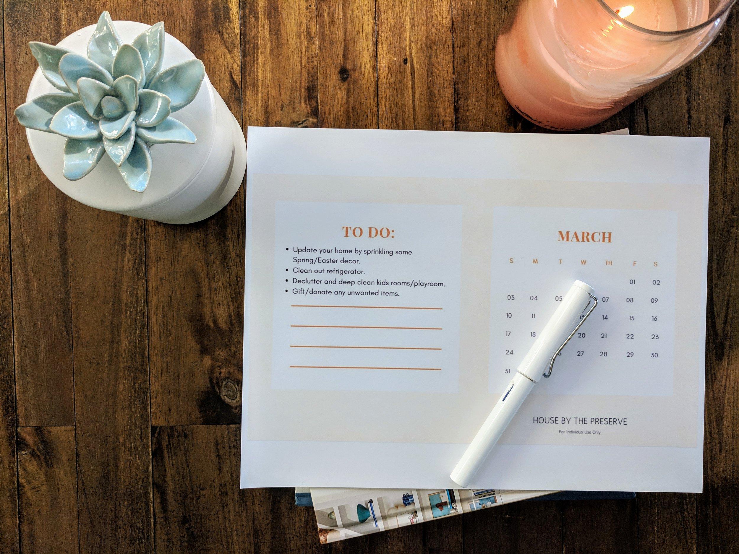 2019 Calendar with Home Organization Tips