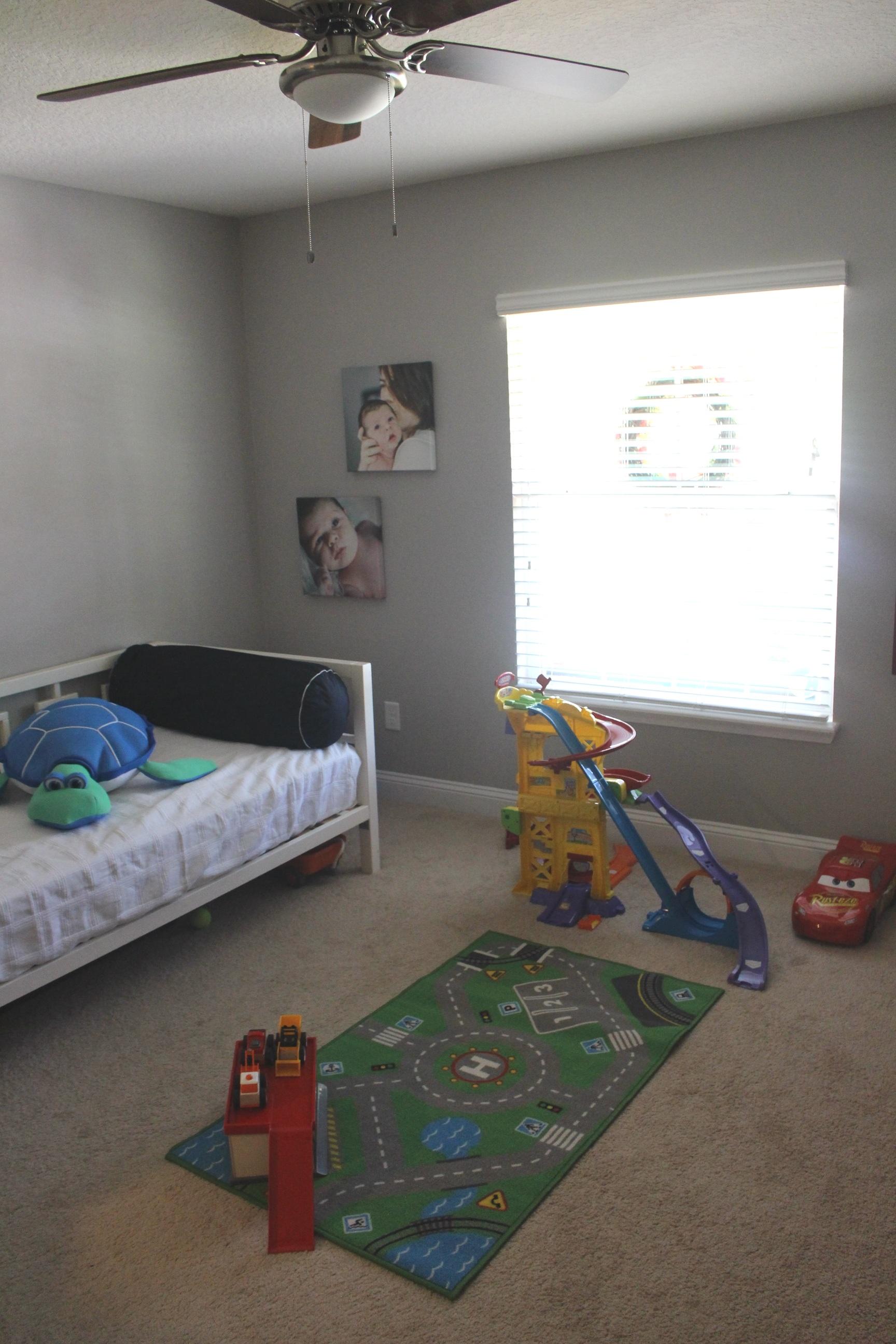 Playroom/guestroom/homeoffice