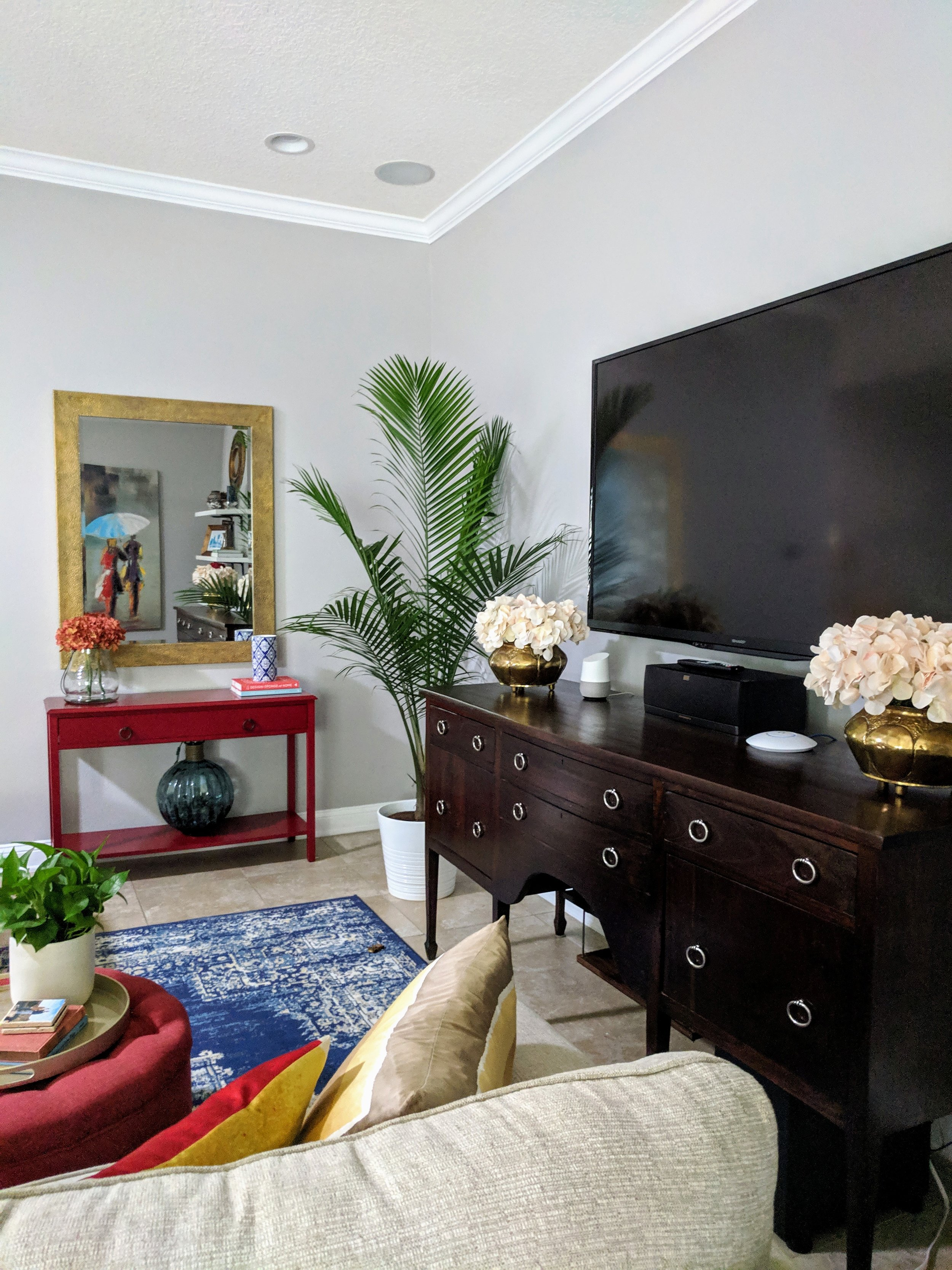 family room decorating with plants