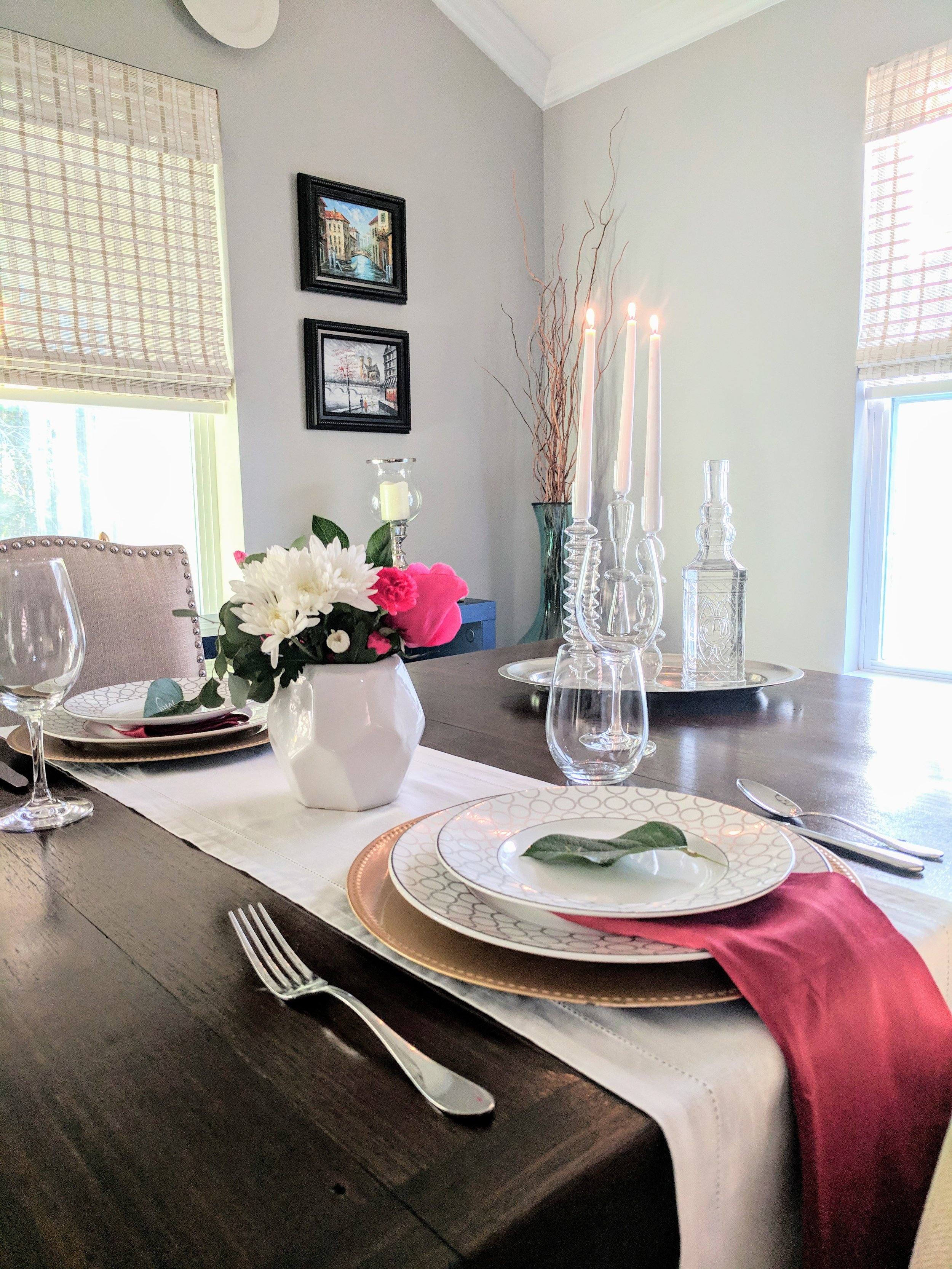 romantic tablesetting for two