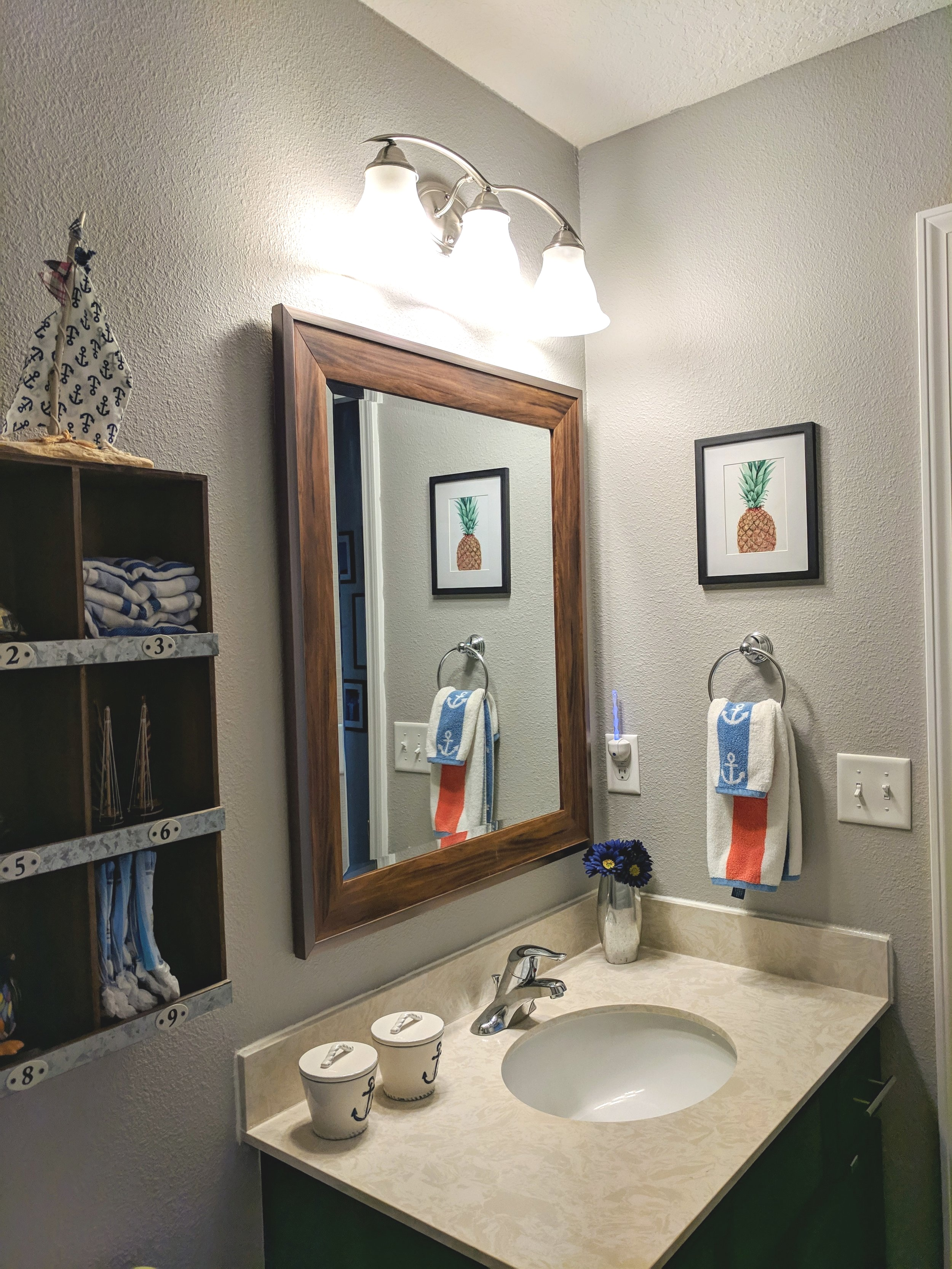 Bathroom+vanity