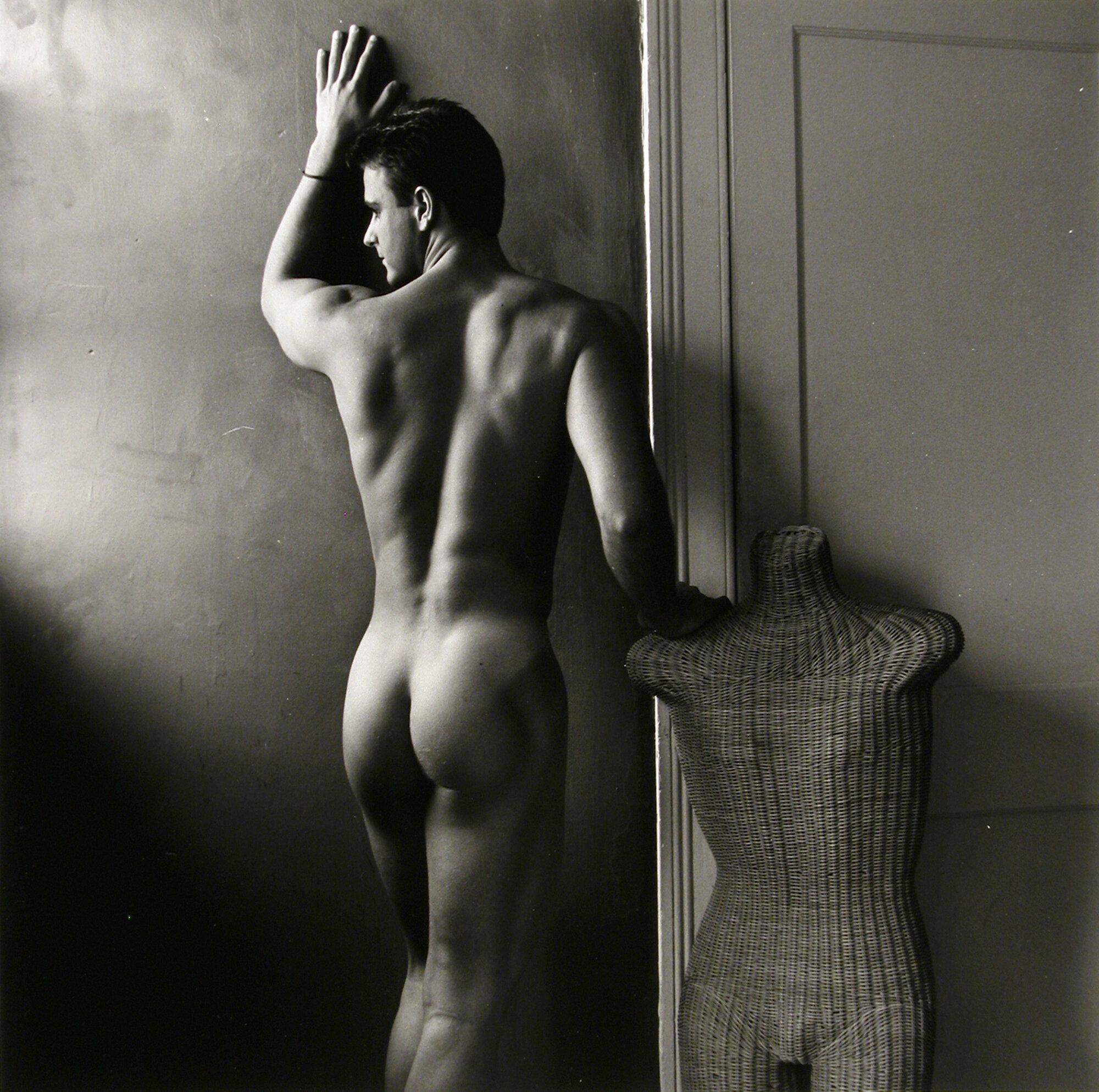 Giard_Male Nude, Rearview, Wicker Torso (0114)_1990.JPG