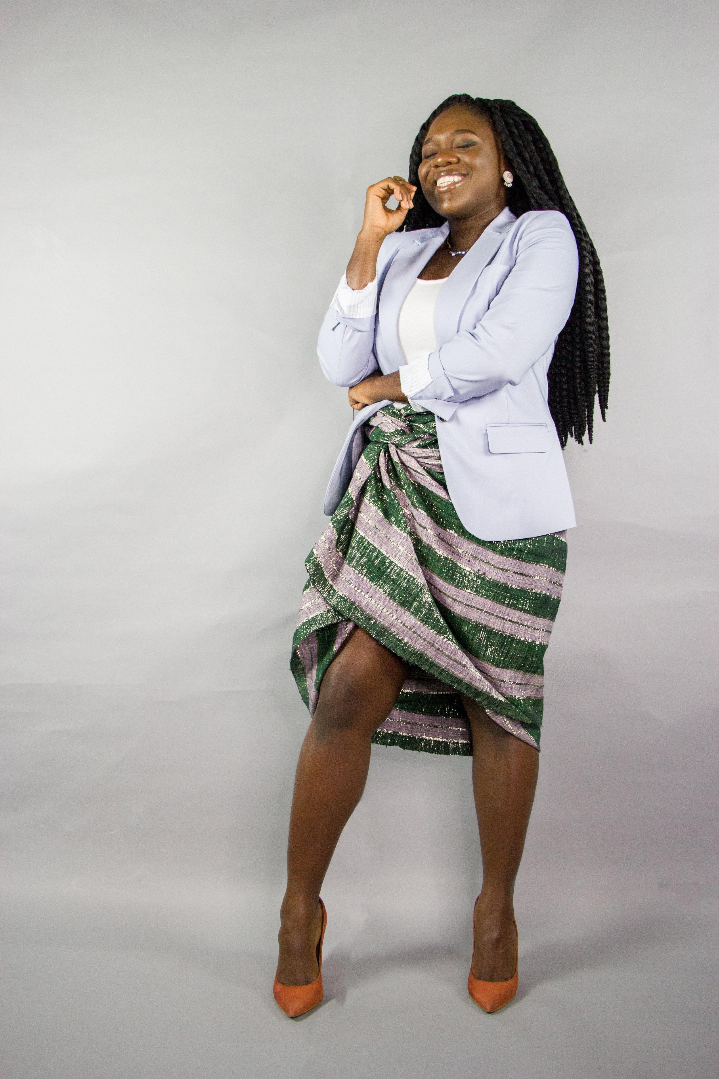 Nyorh Agwe_10 Ways to wear your Mamis Wrappa_Look 3a.jpg