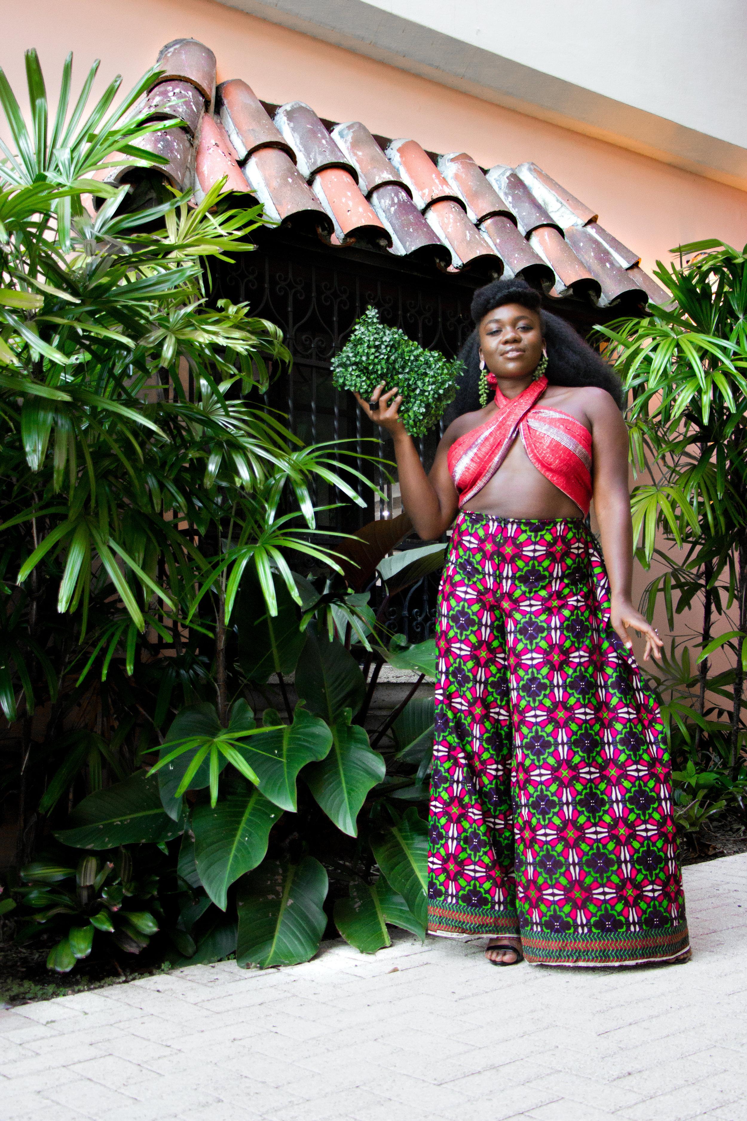 Nyorh Agwe_10 Ways to wear your Mamis Wrappa_Look 10a.jpg