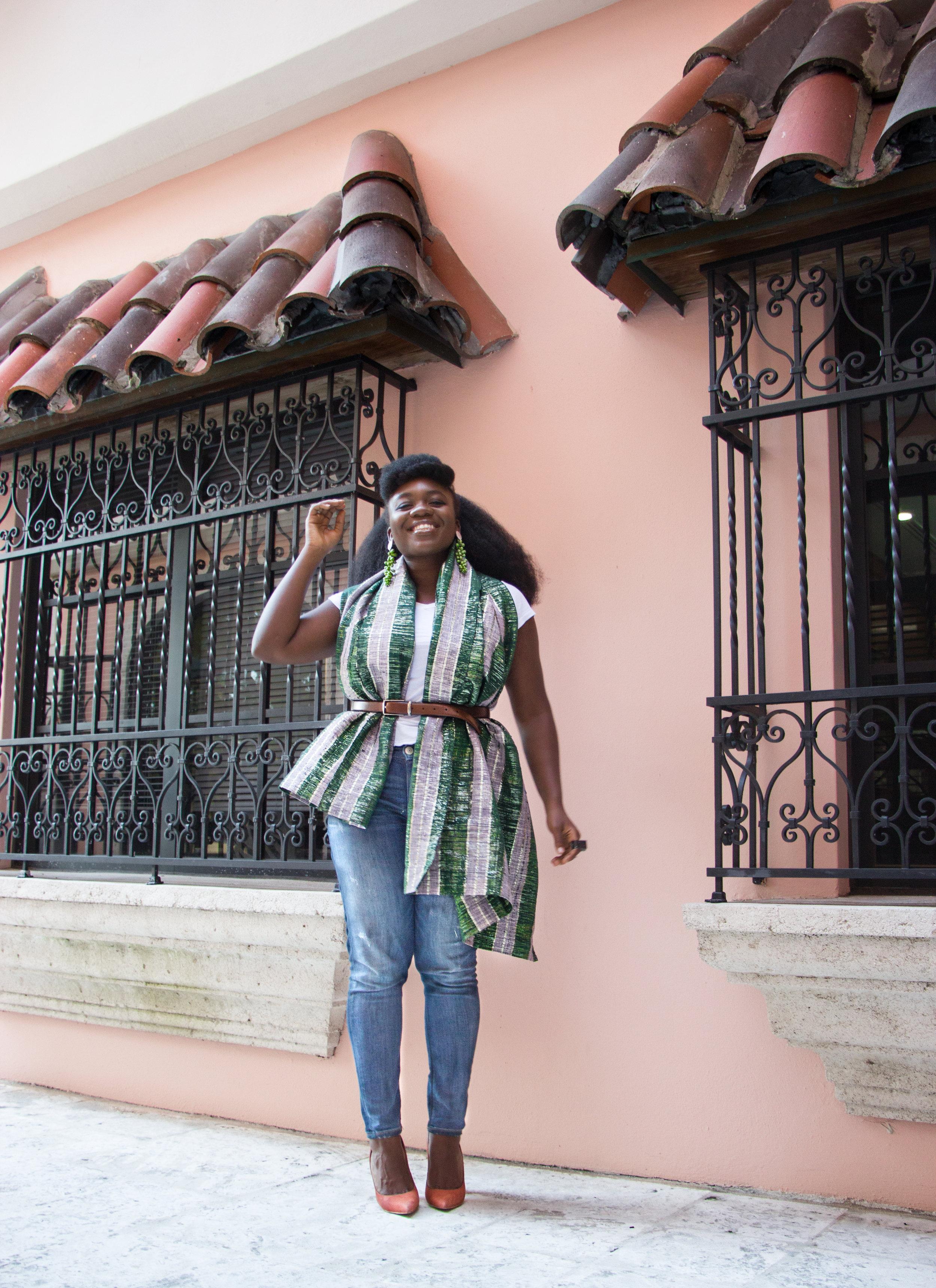 Nyorh Agwe_10 Ways to wear your Mamis Wrappa_Look 7.jpg