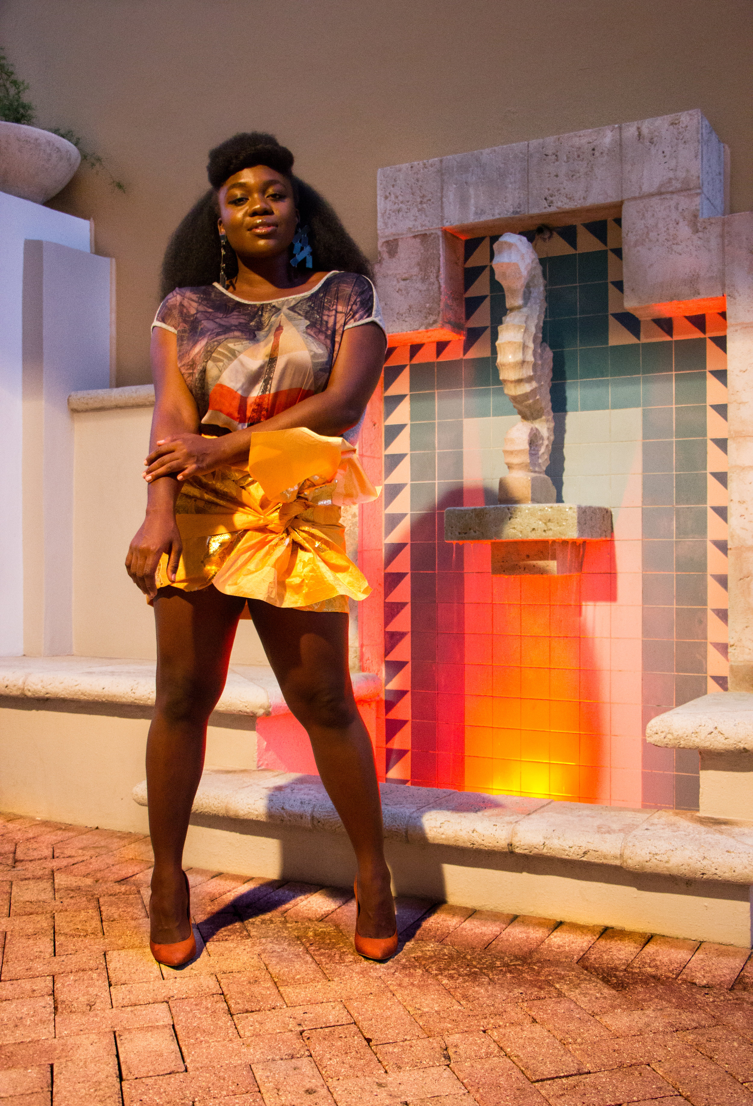 Nyorh Agwe_10 Ways to wear your Mamis Wrappa_Look 1.jpg