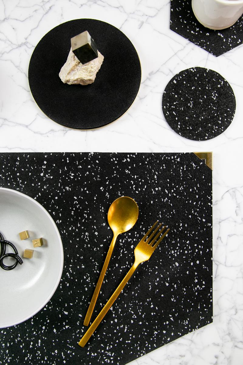 Dinner Setting in Speckled Black - Detail
