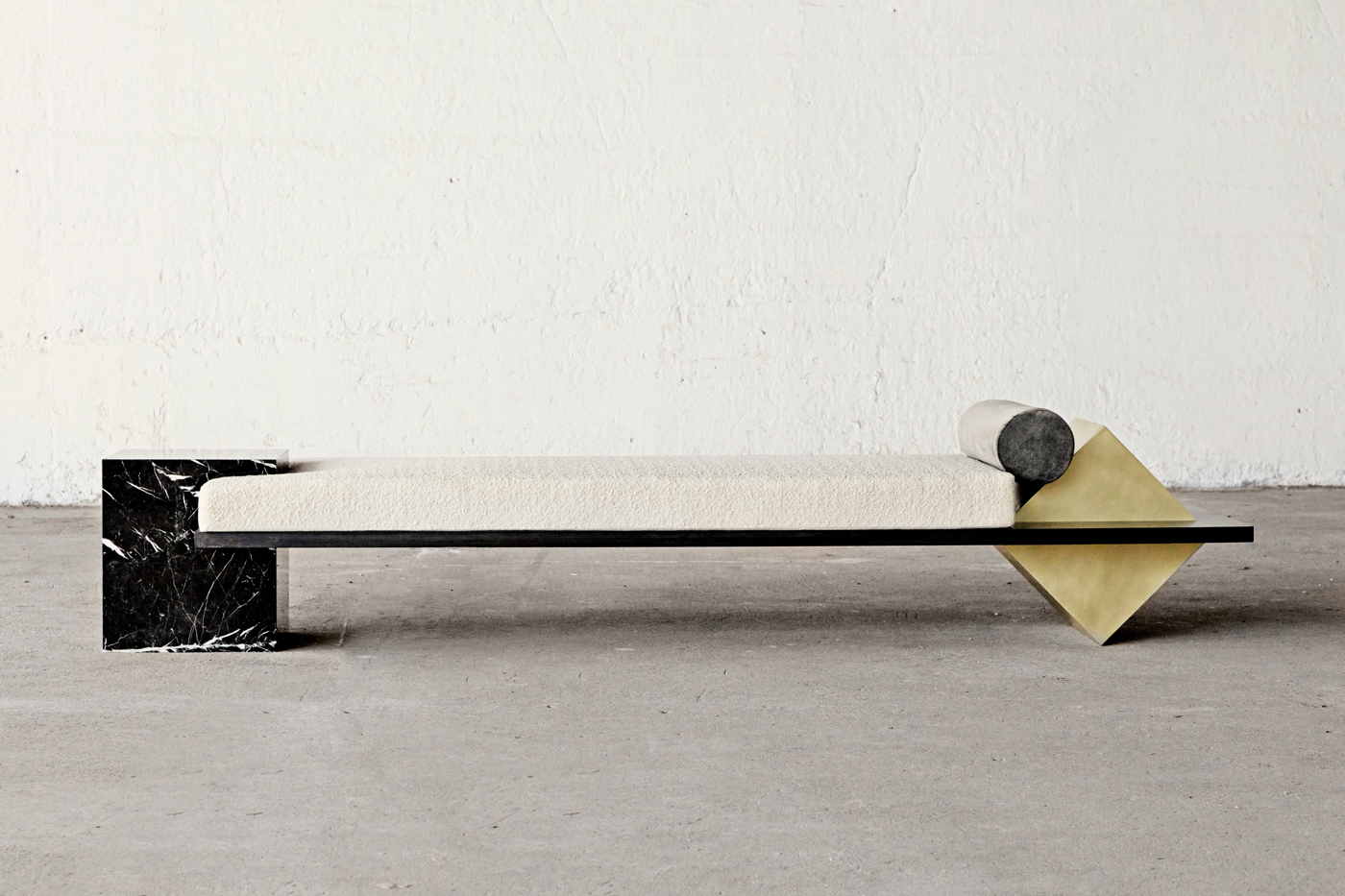 Slash-Objects-Daybed-Side-Elevation2_web.jpg