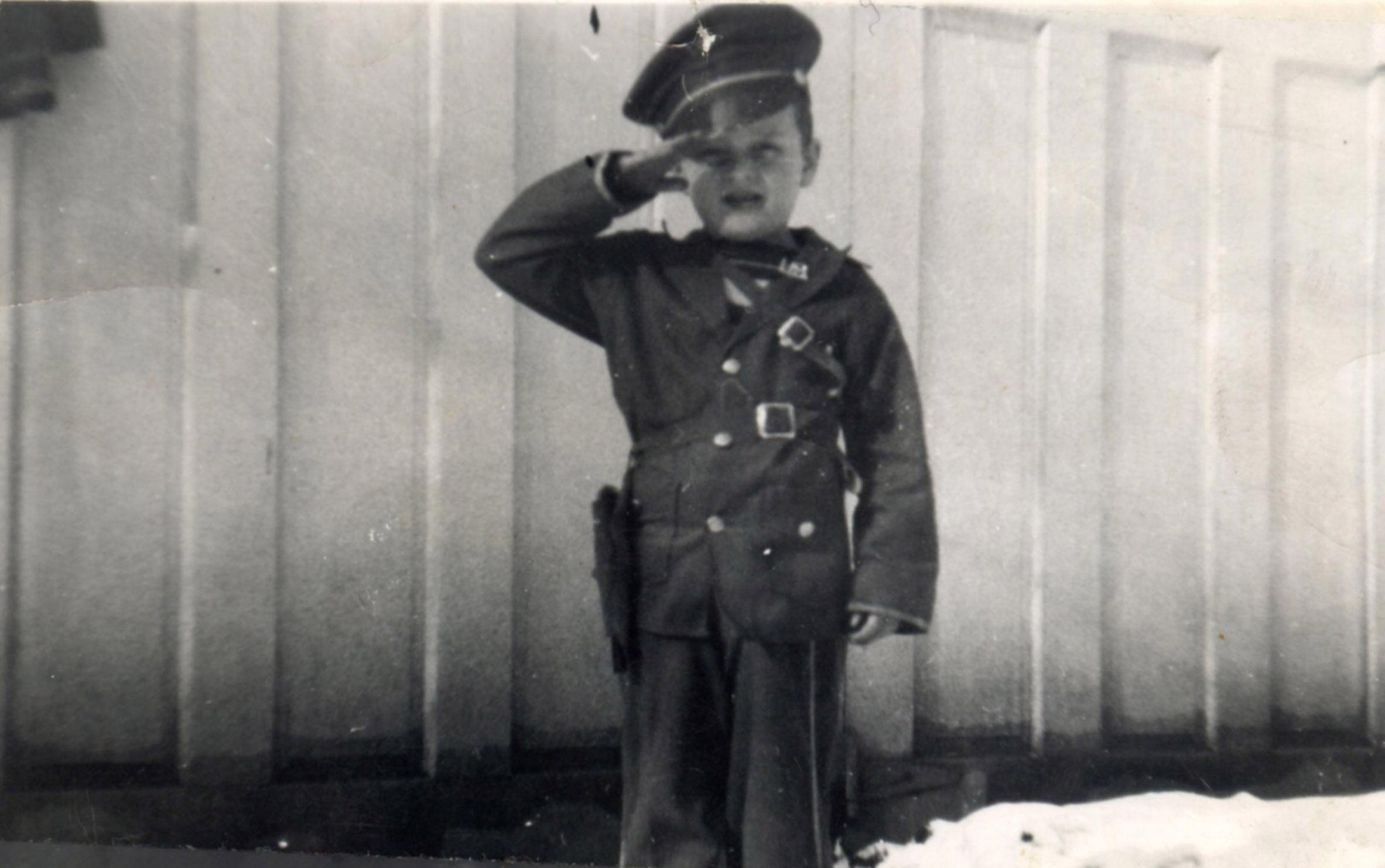 dad_boy_soldier.jpg