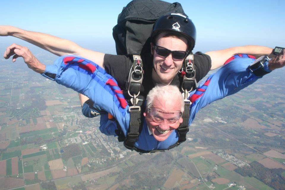 dad_skydiving.jpg