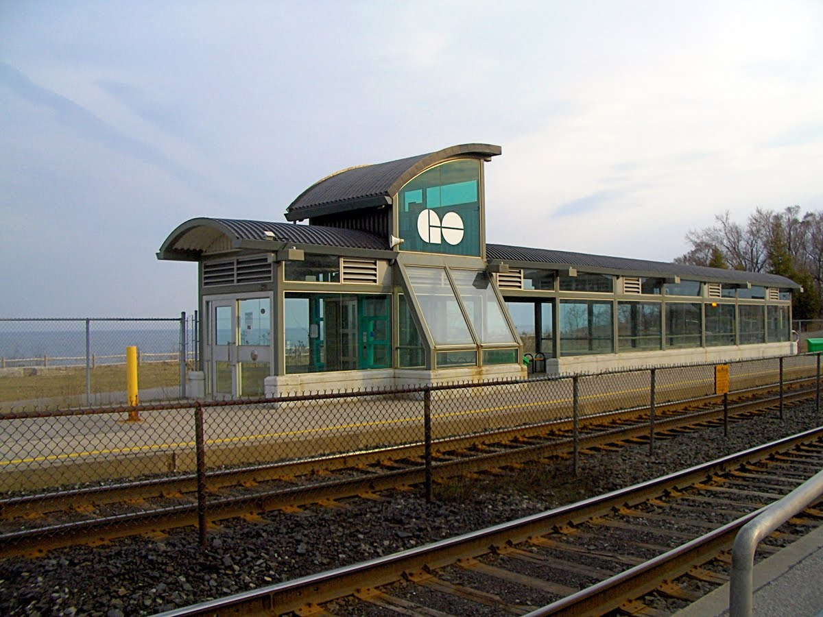 Go_station_2_Rouge_Hill.JPG
