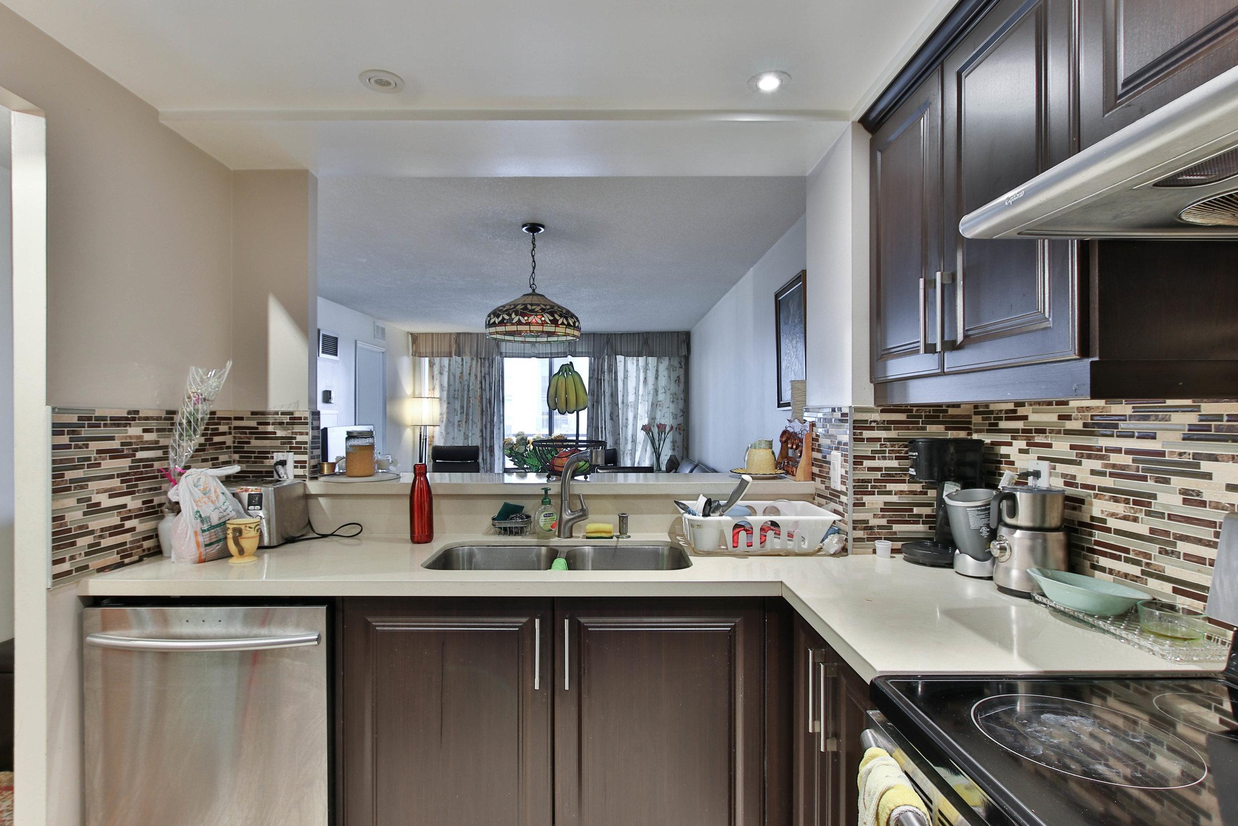 11_Kitchen-3283.jpg