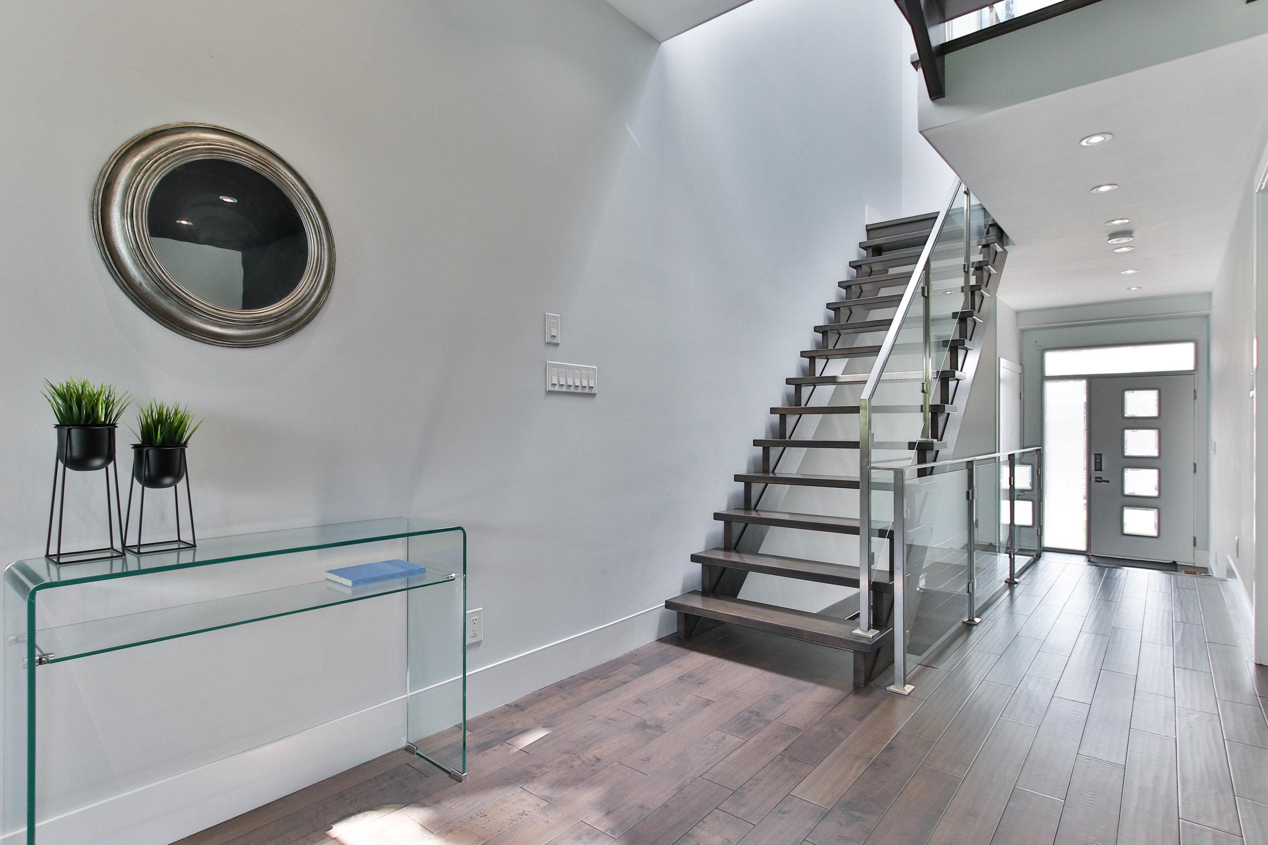 14_Foyer.jpg