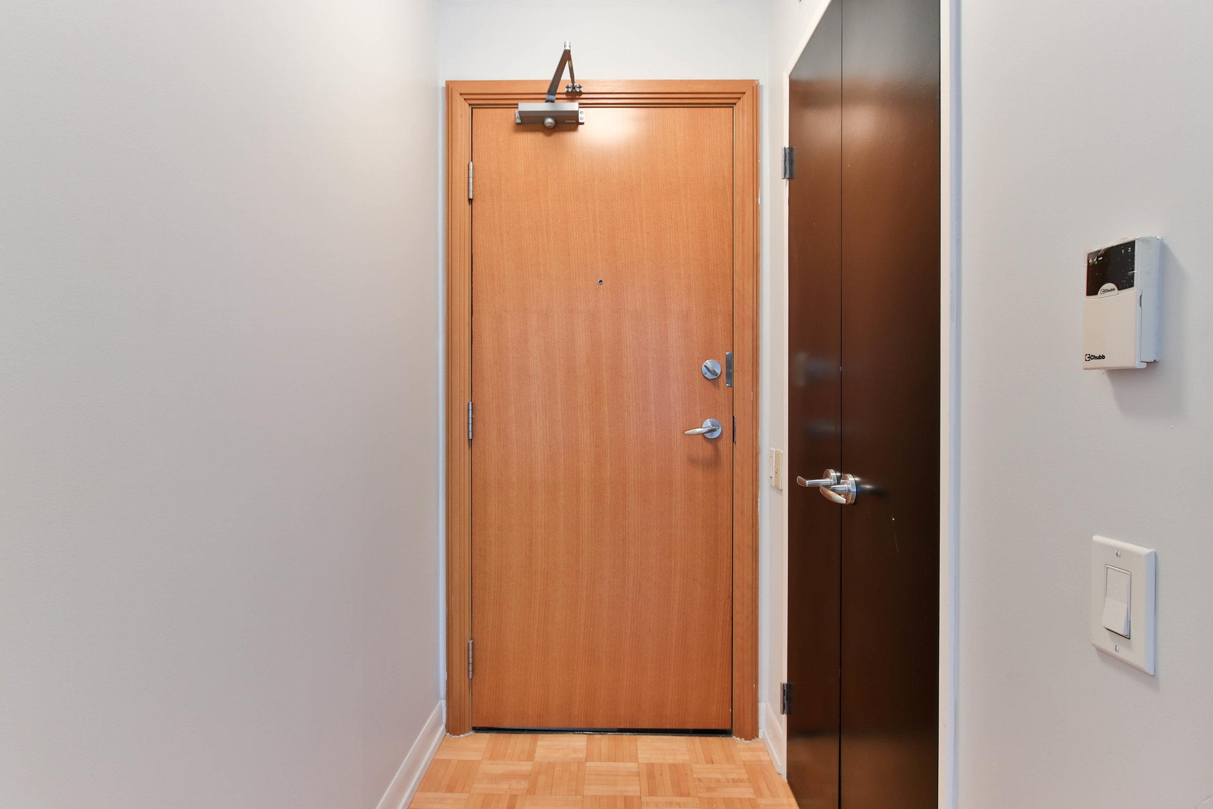 1_Foyer (1 of 1).jpg