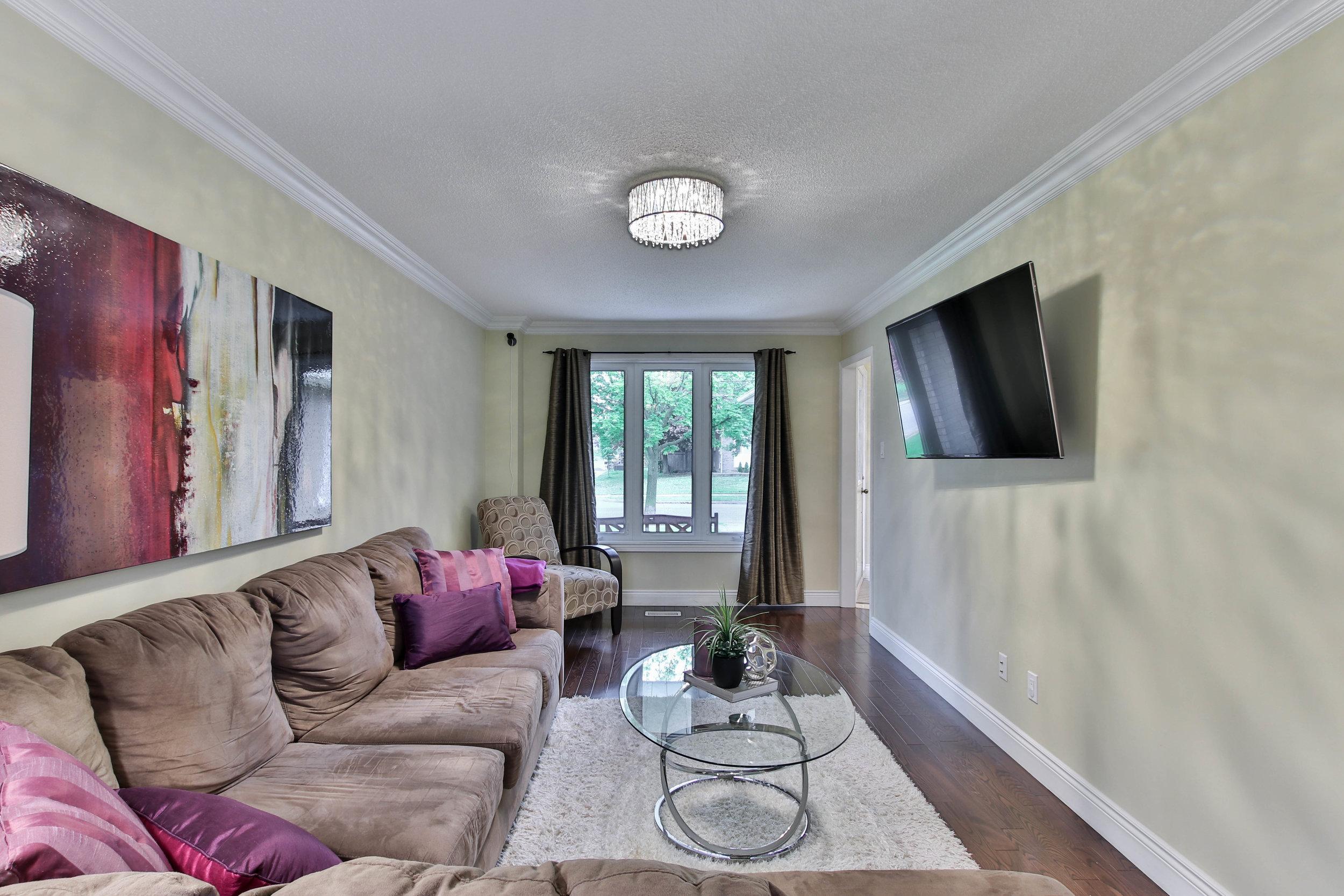26_Livingroom.jpg