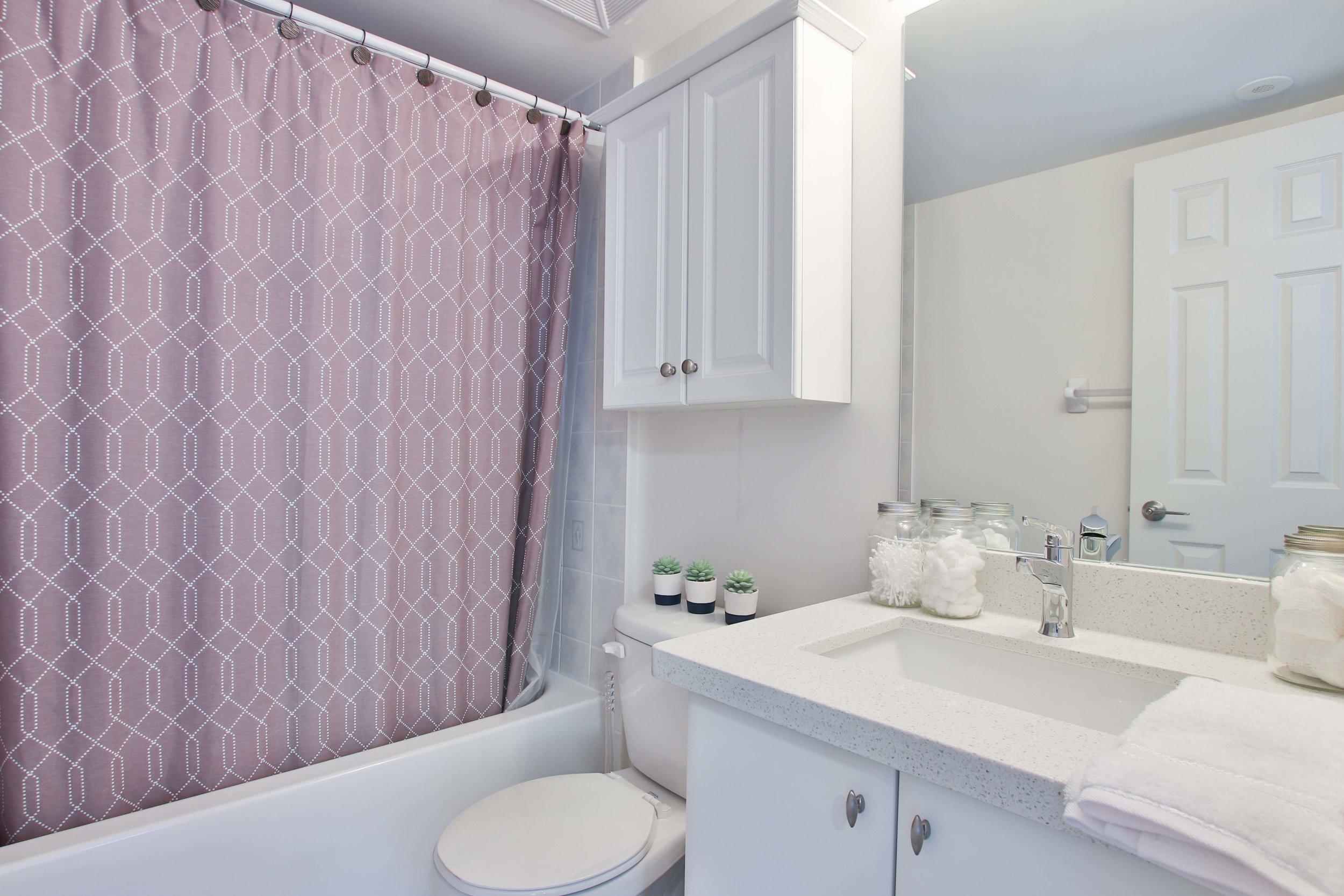 27_Washroom.jpg