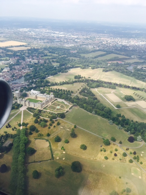 landing-in-london-flying-in-from-rome-I-spotted-this-castle.jpg