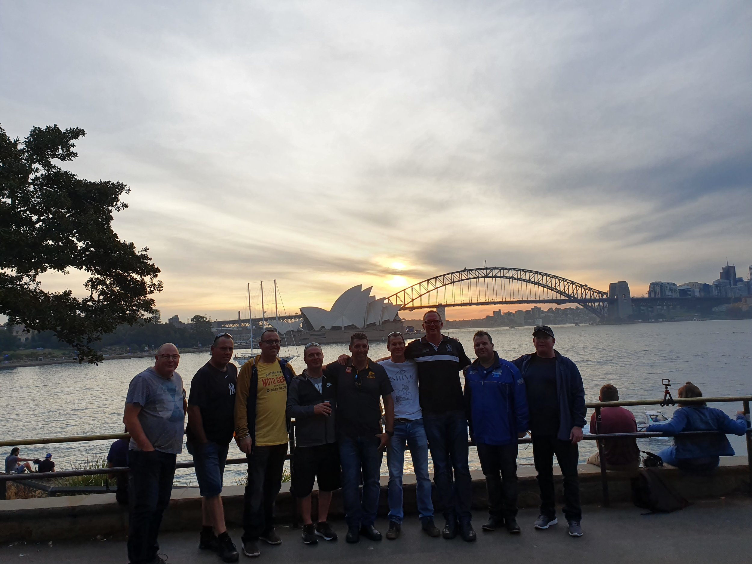 Sydney private guided bus tour.jpg