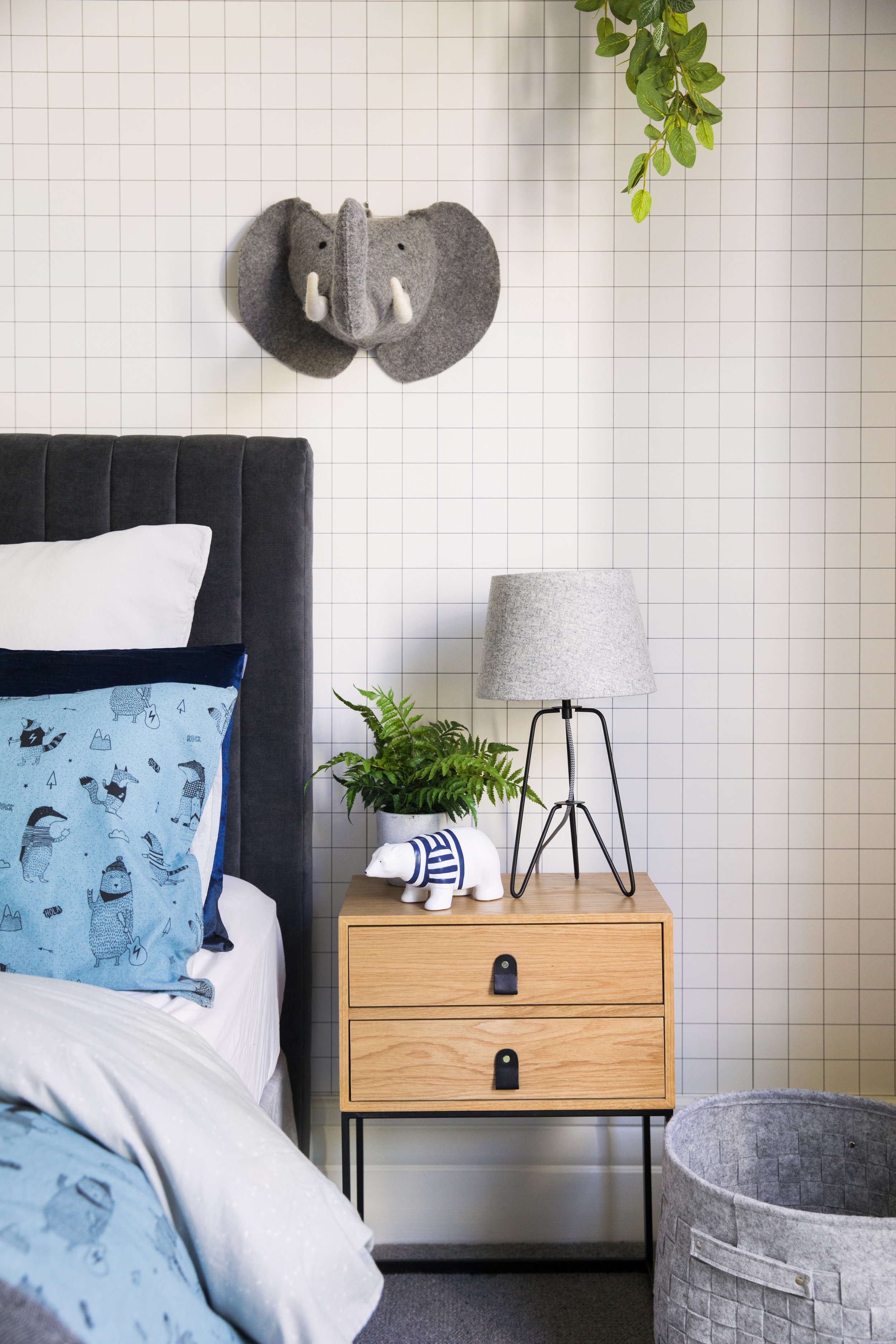Little Liberty - Stonewash Badger Look 1 side table AS18.jpg