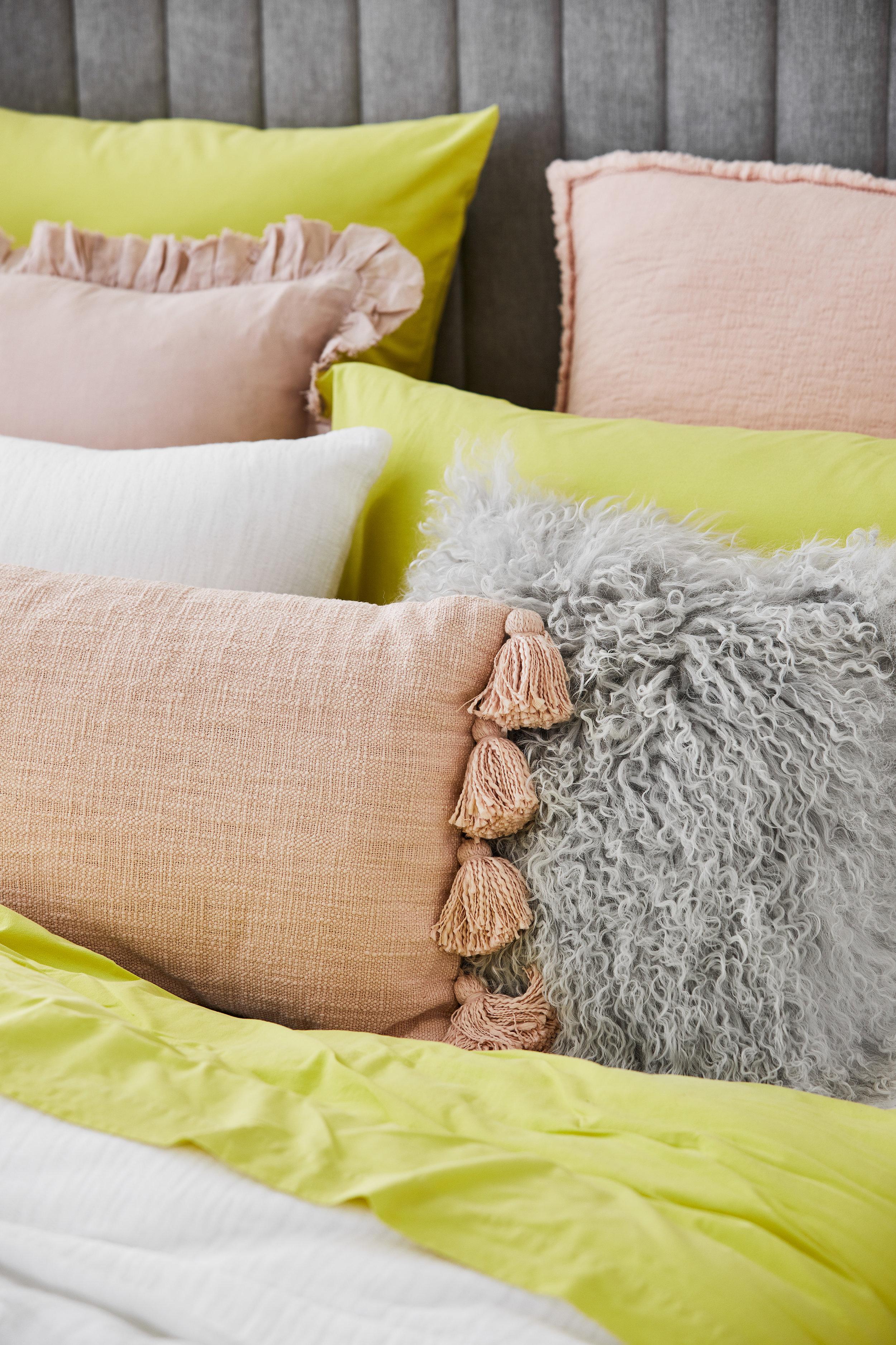 Little-Liberty_Pink-Yellow-Story_Cleo_Detail-01_SS18.jpg