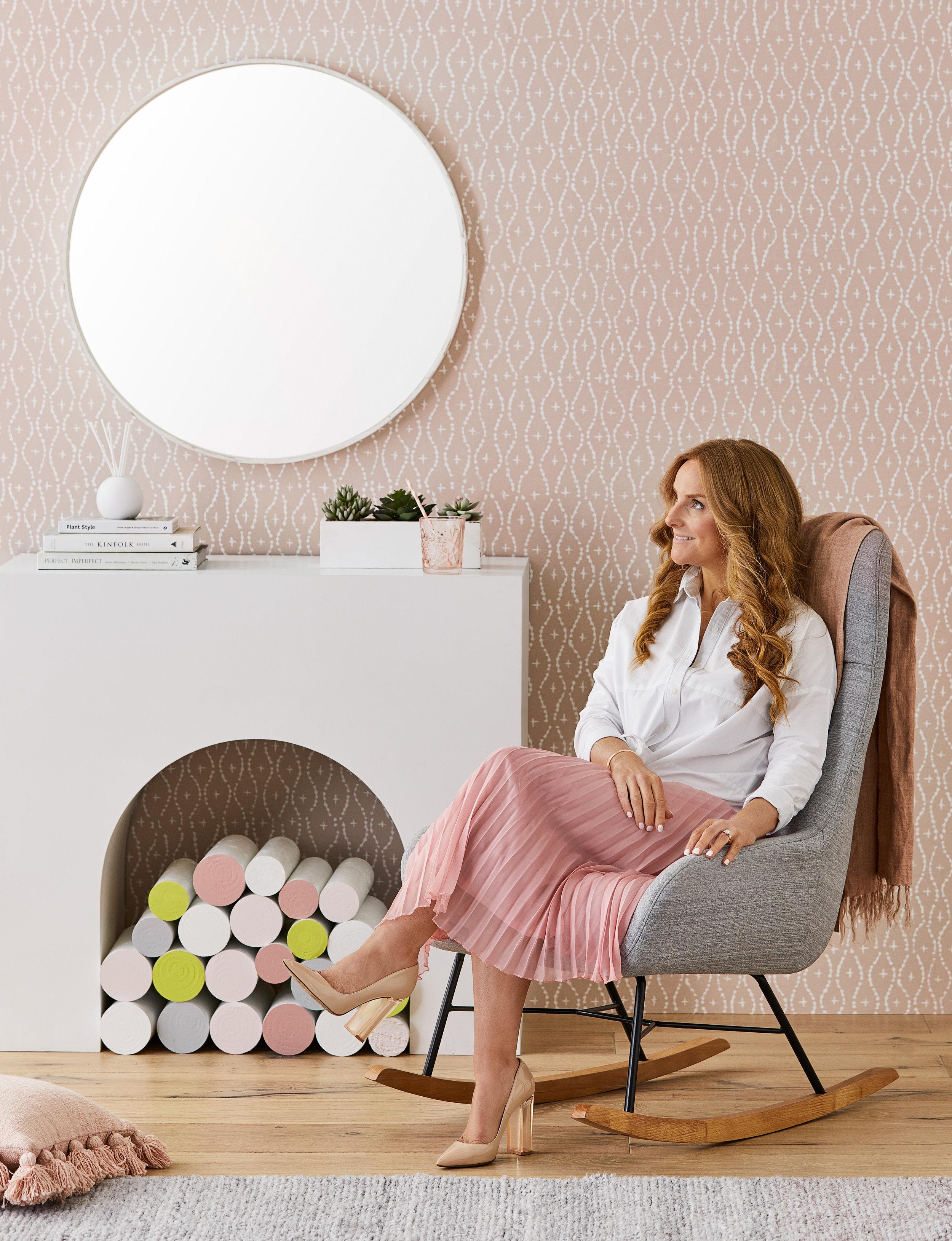 Little-Liberty_Pink-Yellow-Story_Nebraska-Chair and throw-w-Talent_SS18.jpg