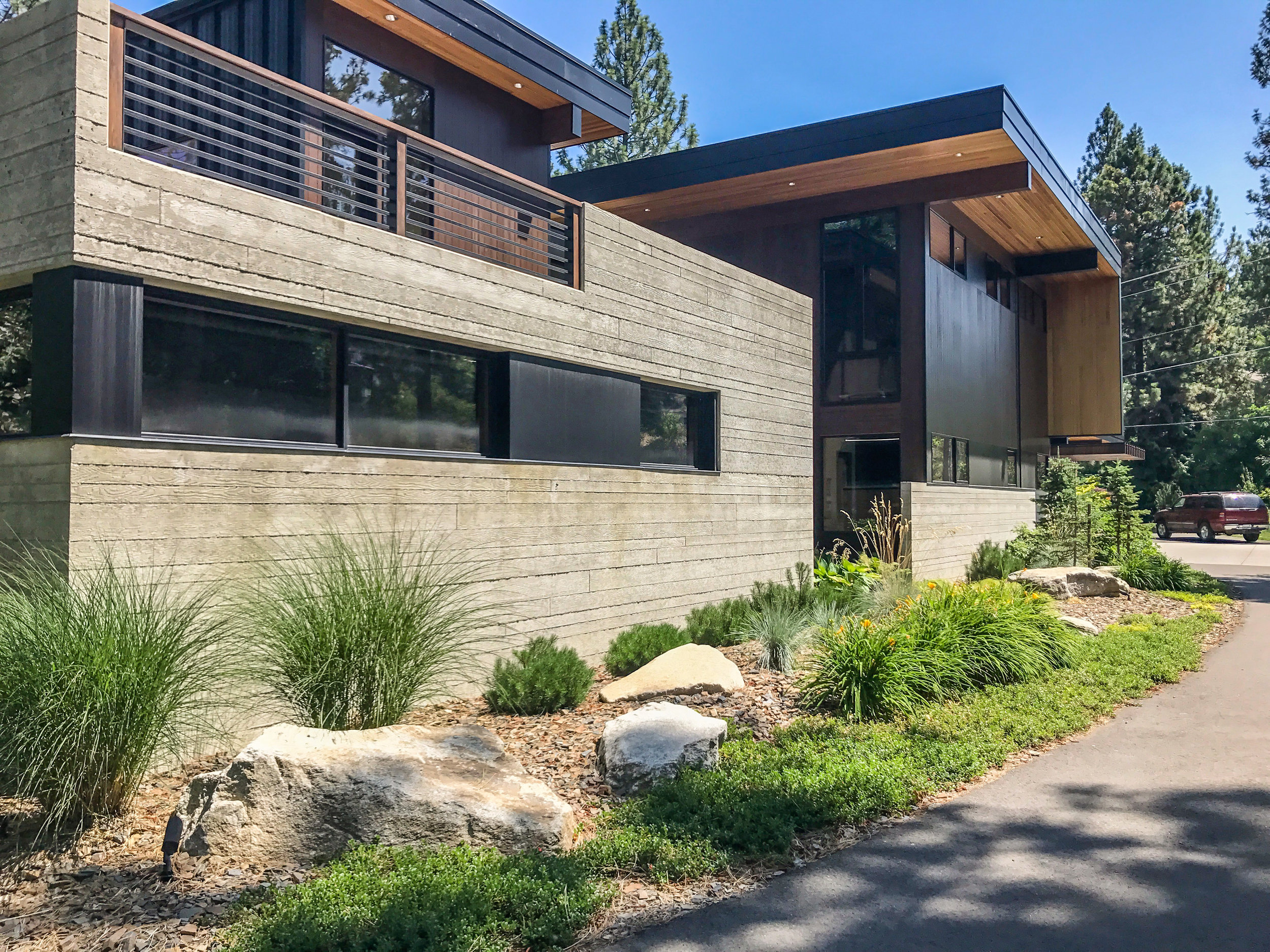 OVERBLUFF RESIDENCE    SPOKANE, WASHINGTON    VIEW PROJECT