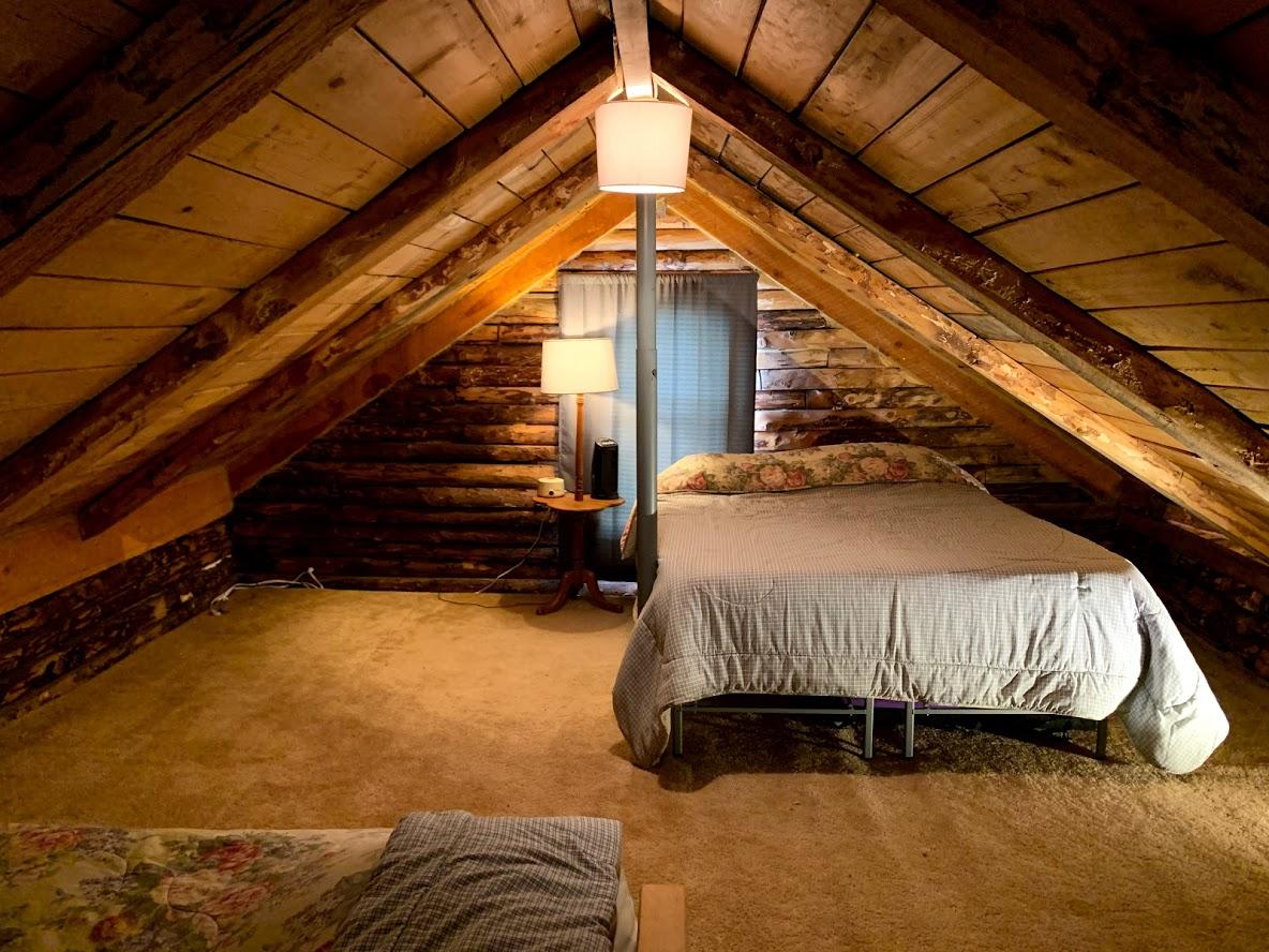 loft bed two.jpg
