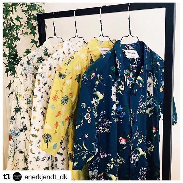 SPRING FLOREAL SHIRTS! 🌻🌼🌸🌺🌷. ANERKJENDT! . #fnv #fnvitaly #fnvshowroom #anerkjendt #anerkjendt_dk #springattitude #sunset #menstyle #menfashion #denmark #italy #distributor #distribution