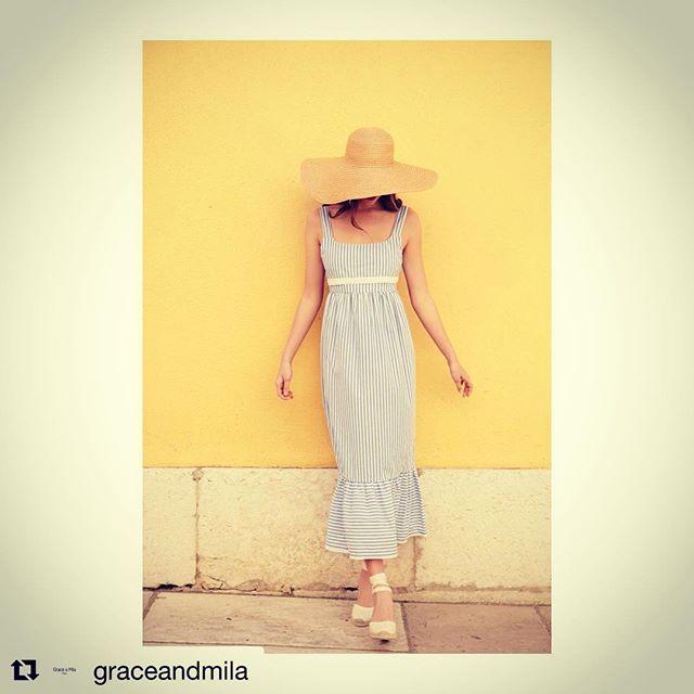 SUMMER TIME☀️☀️☀️!! Prisme robe👗. #graceandmila #ss18 #prismerobe #sainttropez #stripes #summervibes #womenstyle #fashionnovictim #italy