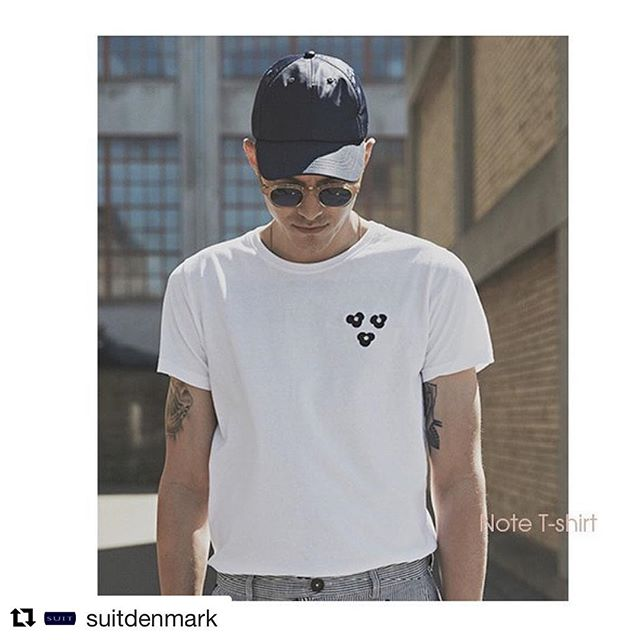 NOTE T-SHIRT by @suitdenmark ☀️☀️#fnvitaly #ss18 #ss18collection #cool #animalier #prints #whitetee #denmark #nordicstyle