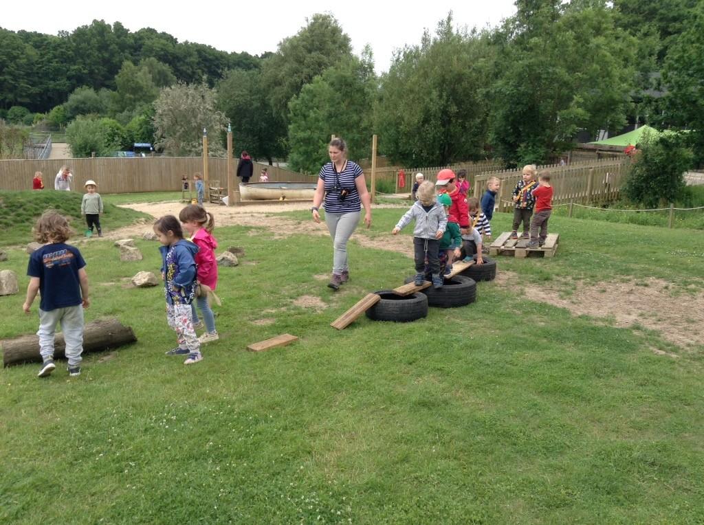 Teamwork at our outdoor kindergarten