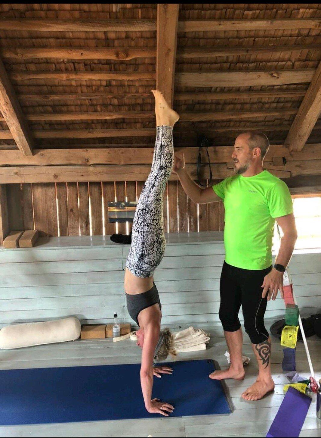 Jenny handstand (2).jpg