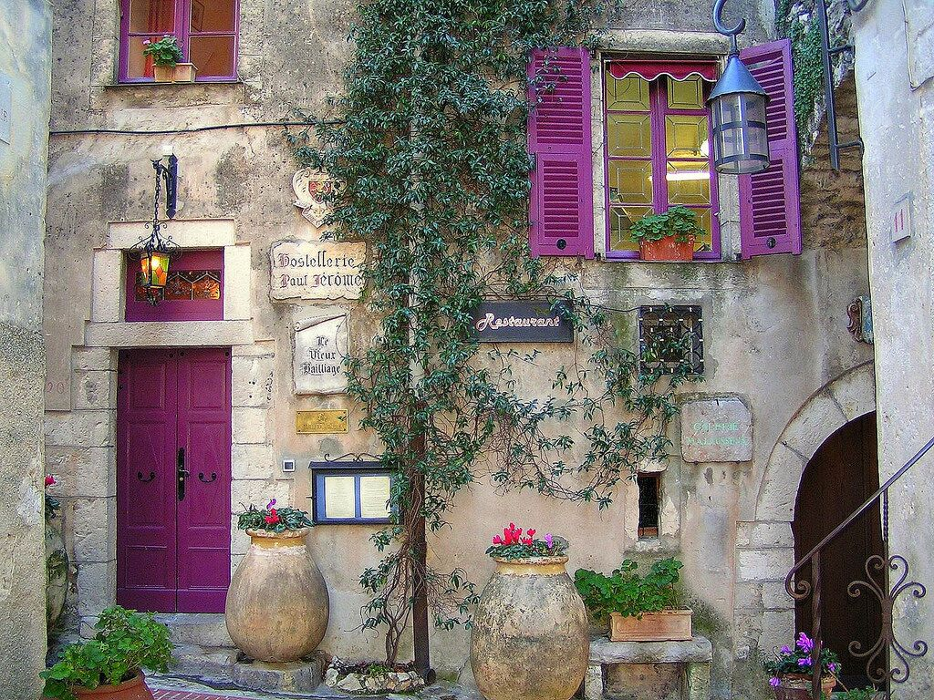 Provence streets_preview.jpeg