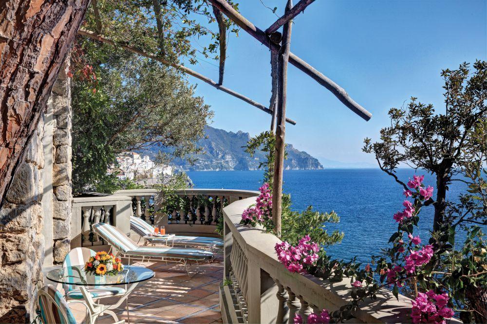Santa Caterina's idyllic balcony views