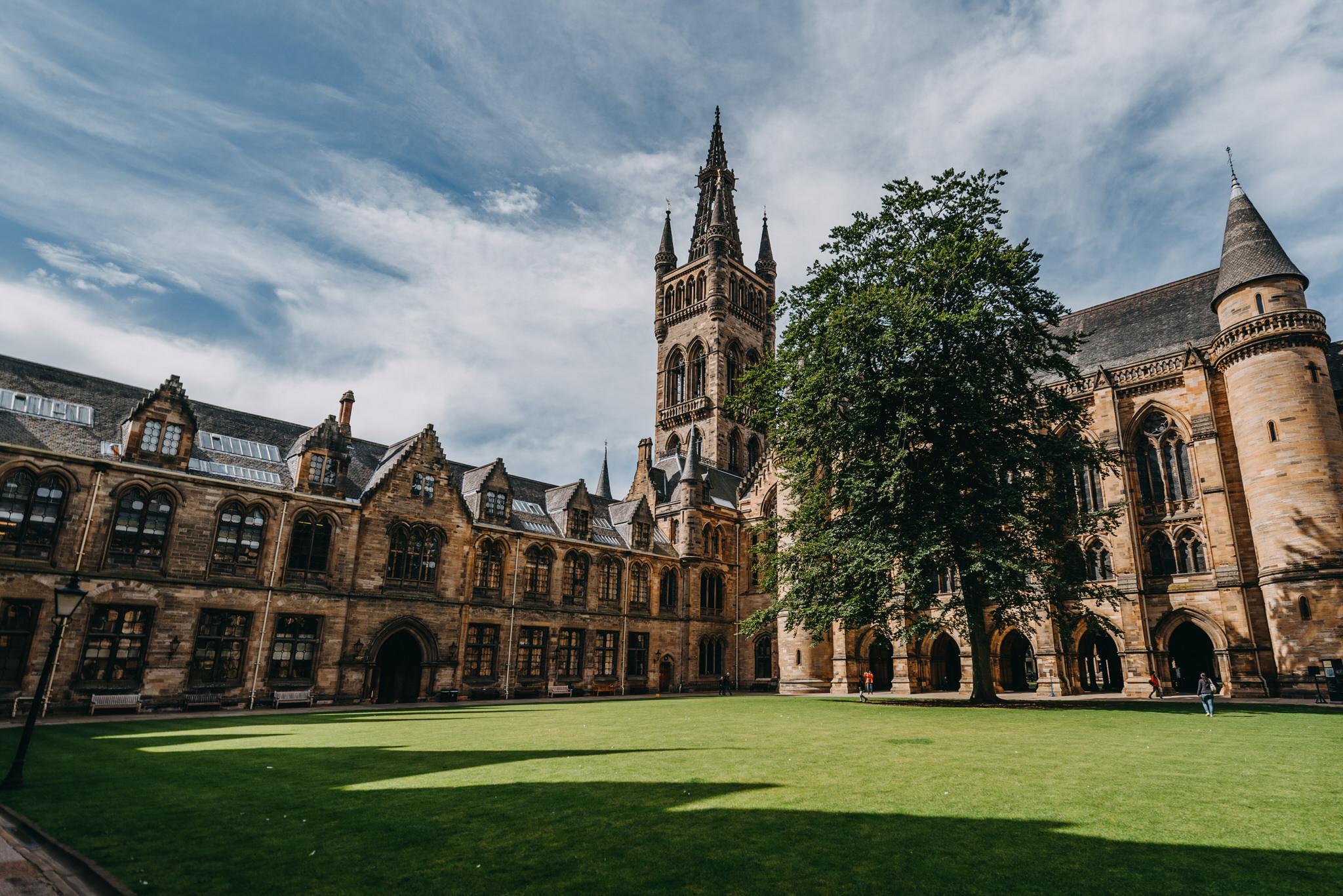 Courtney & Linards - Glasgow University 022.jpg