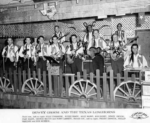 Dewey Groom and Texas Longhorns.jpg