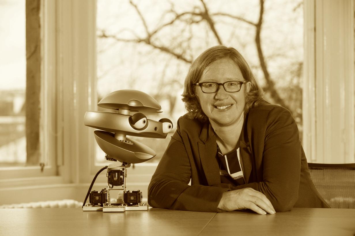 mef+robot.jpg