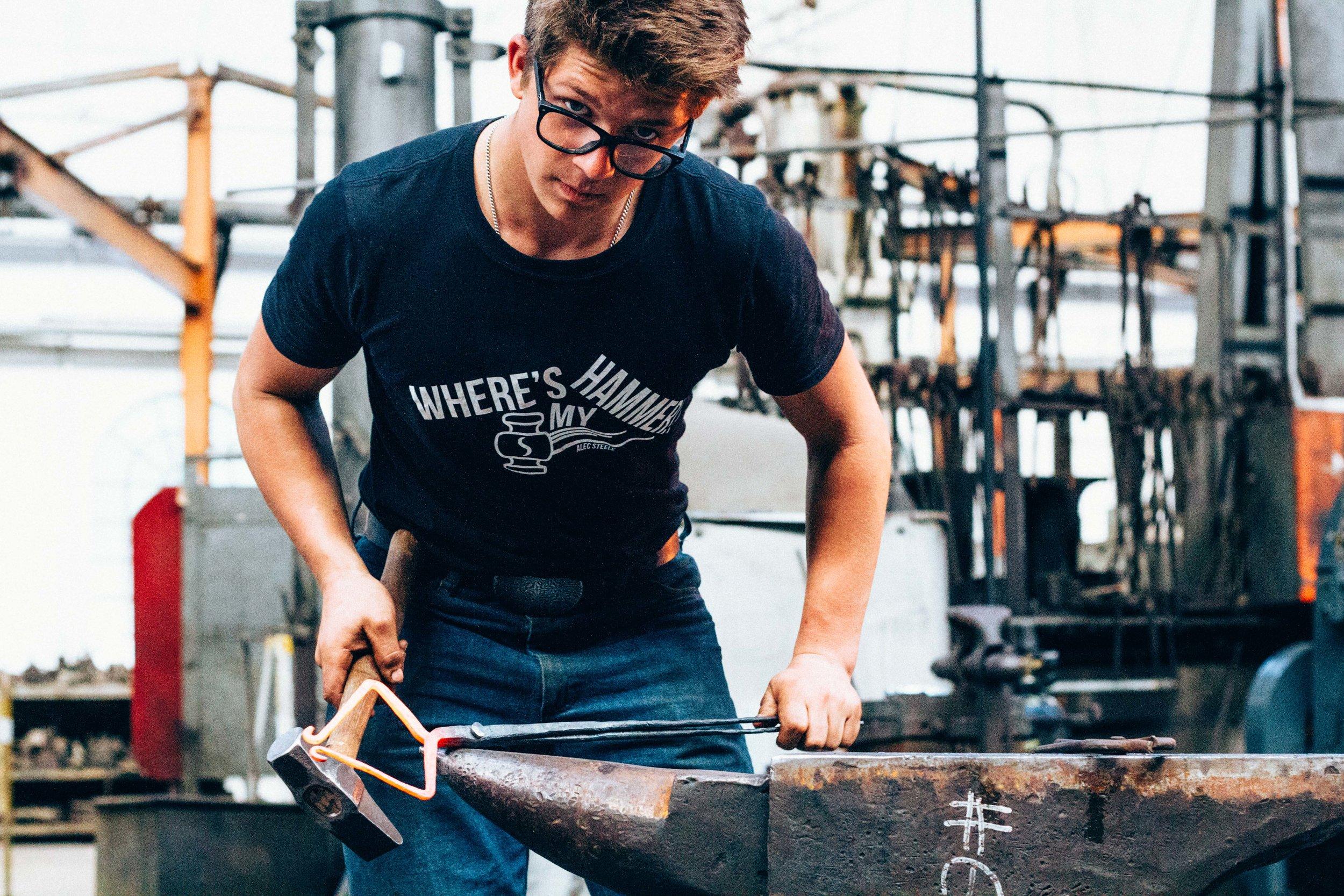 alec-steele-hammer-forging