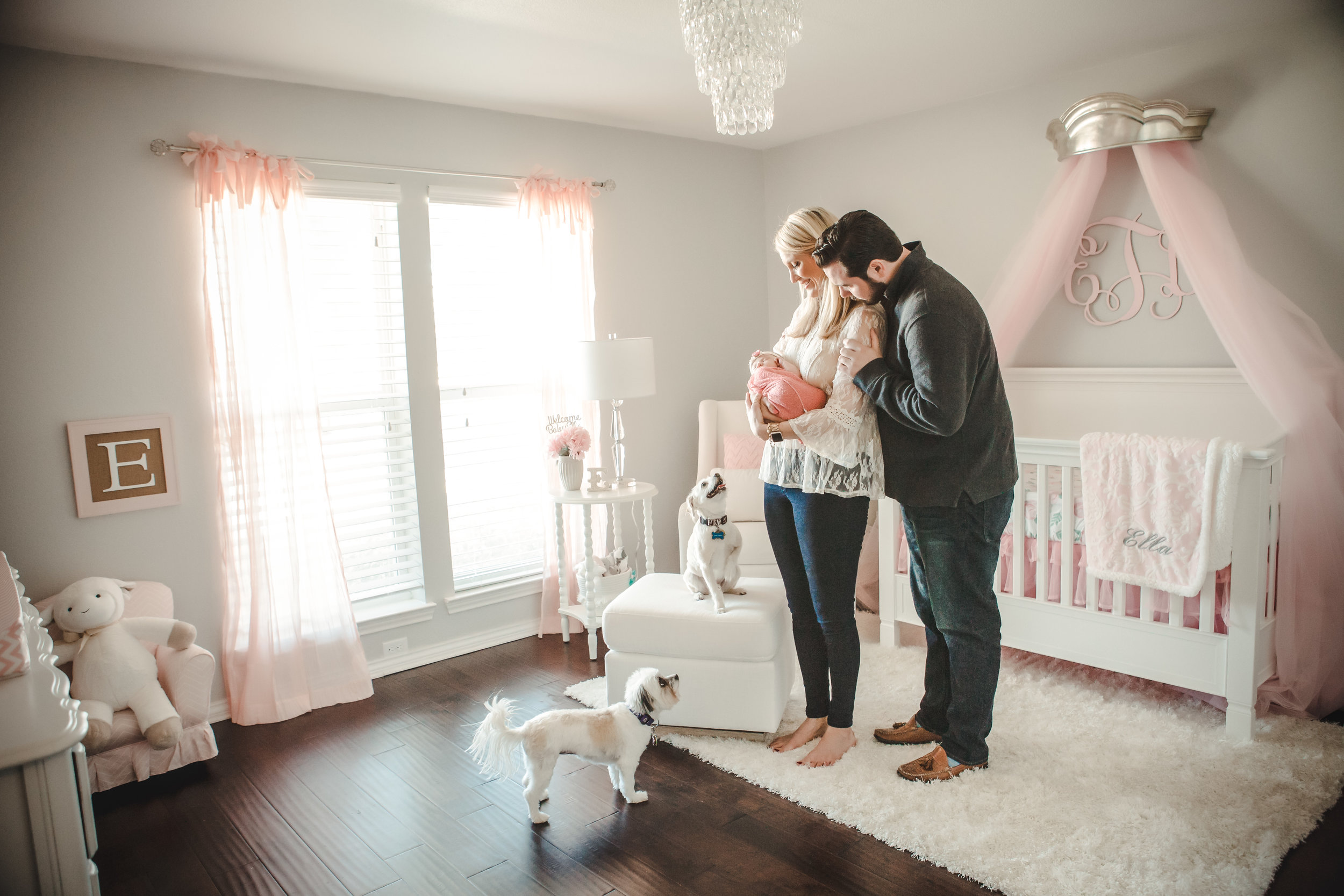 "Maggie | Teacher | Richardson TX - ""Jessica made our newborn session so easy. We felt comfortable during the shoot, and she was amazing with our little one. Our family will treasure the sweet images she captured."""