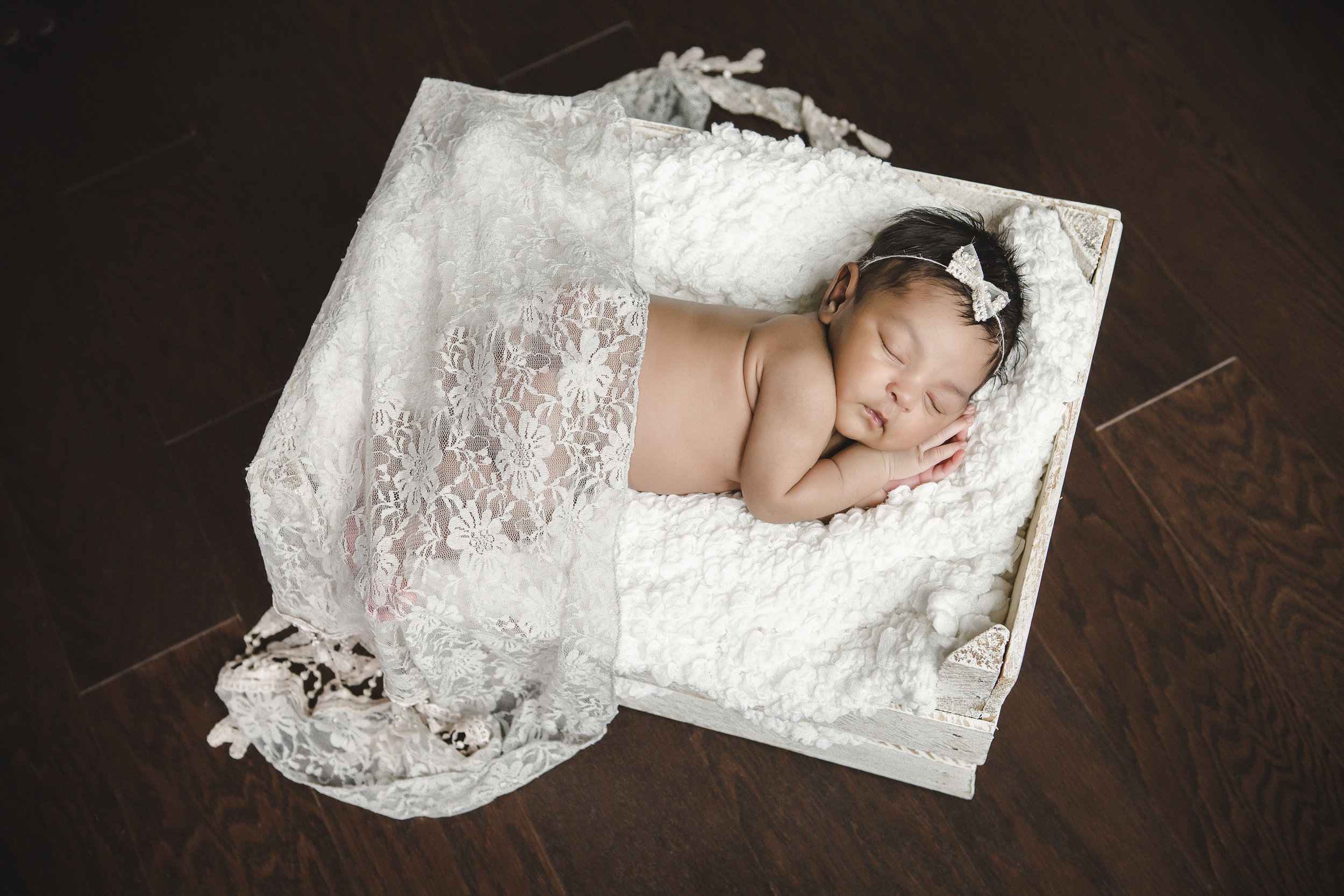 White Crate & blanket, teal and cream lace, cream bow