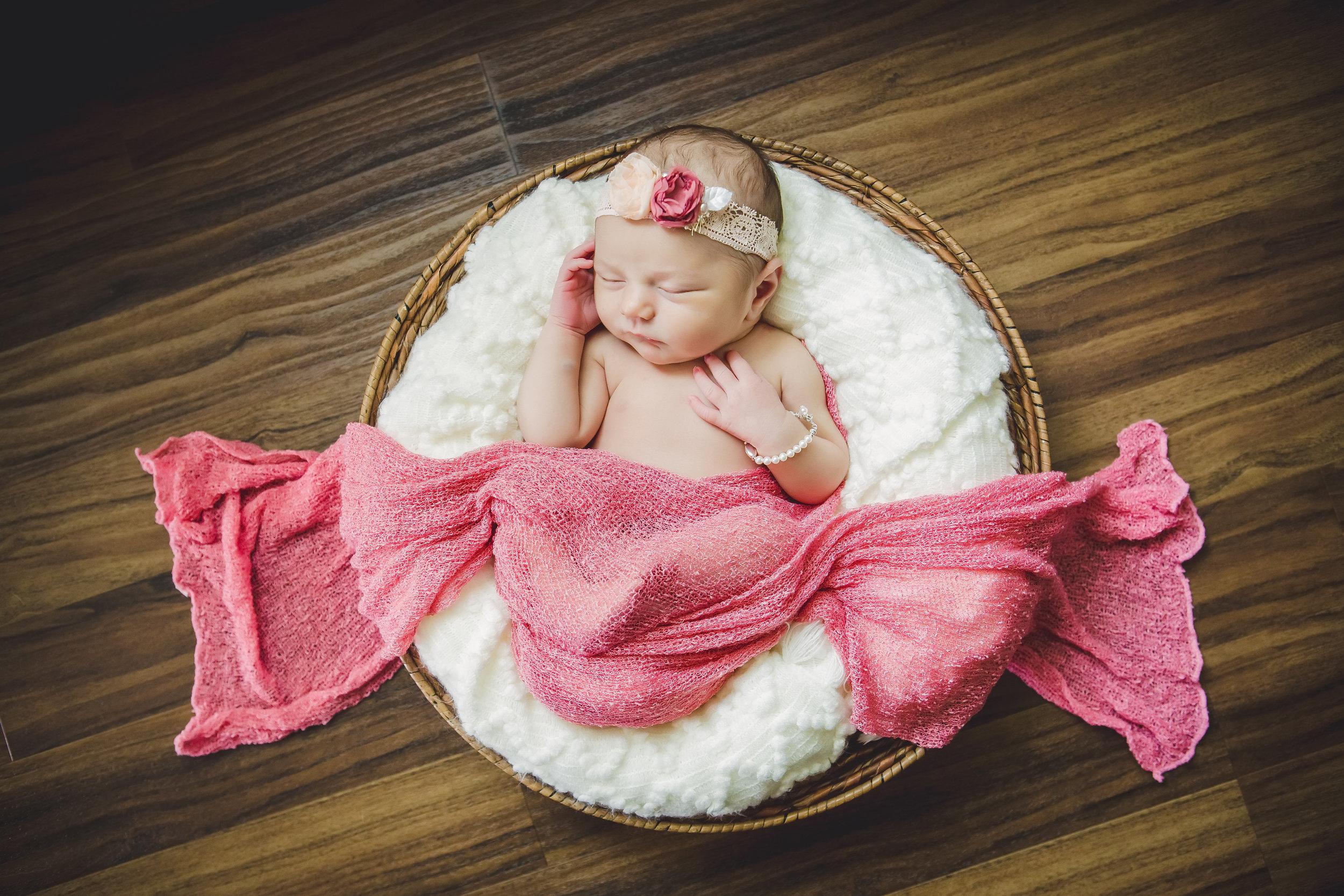 Shallow Basket, cream blanket, pink wrap and headband